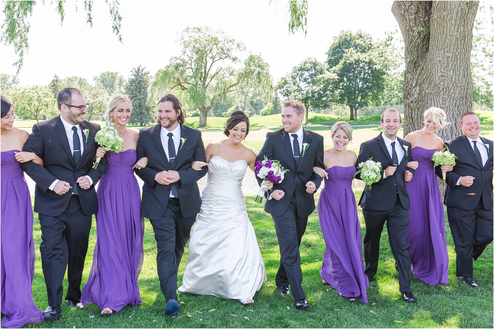 classic-wedding-photos-at-great-oaks-country-club-in-rochester-hills-mi-by-courtney-carolyn-photography_0054.jpg