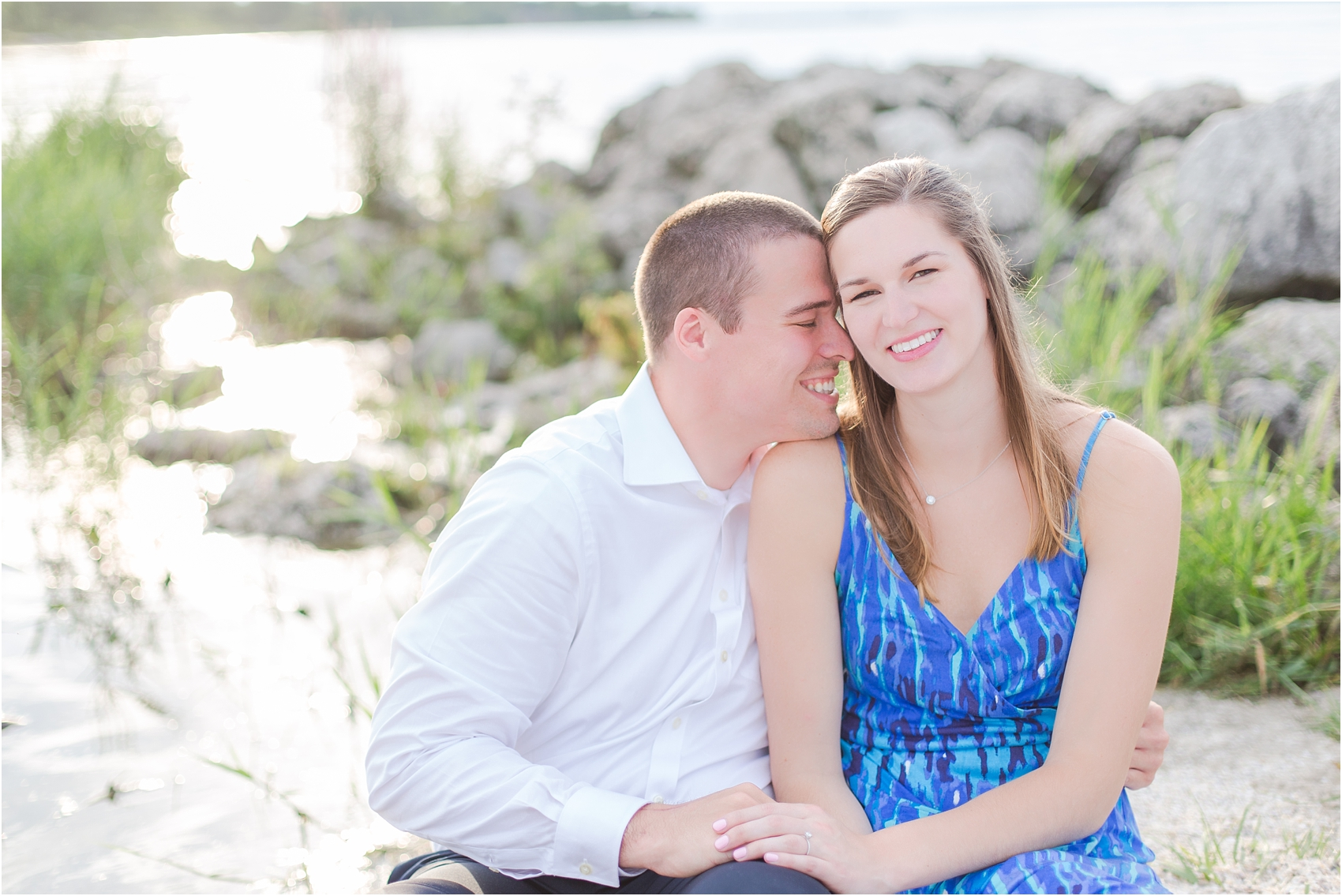 light-hearted-sunset-engagement-photos-at-the-beach-in-oregon-oh-by-courtney-carolyn-photography_0023.jpg