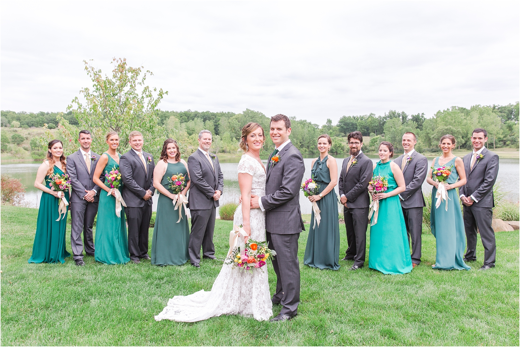 romantic-intimate-backyard-wedding-photos-at-private-estate-in-ann-arbor-mi-by-courtney-carolyn-photography_0034.jpg