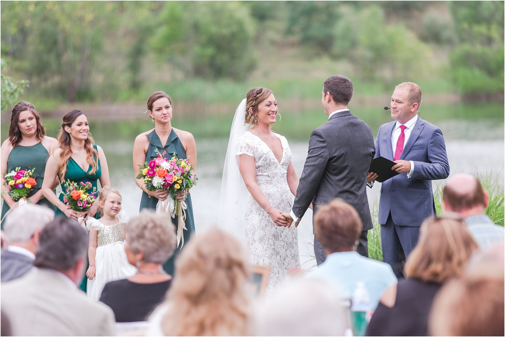 romantic-intimate-backyard-wedding-photos-at-private-estate-in-ann-arbor-mi-by-courtney-carolyn-photography_0095.jpg