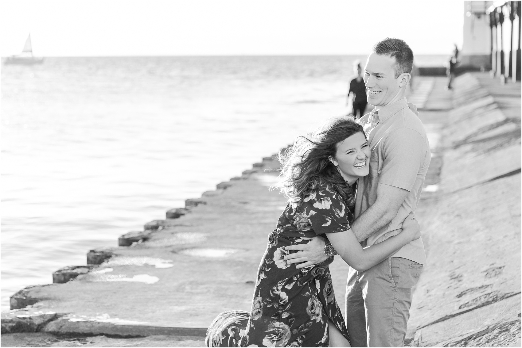 candid-end-of-summer-sunset-engagement-photos-at-silver-beach-in-st-joseph-mi-by-courtney-carolyn-photography_0005.jpg