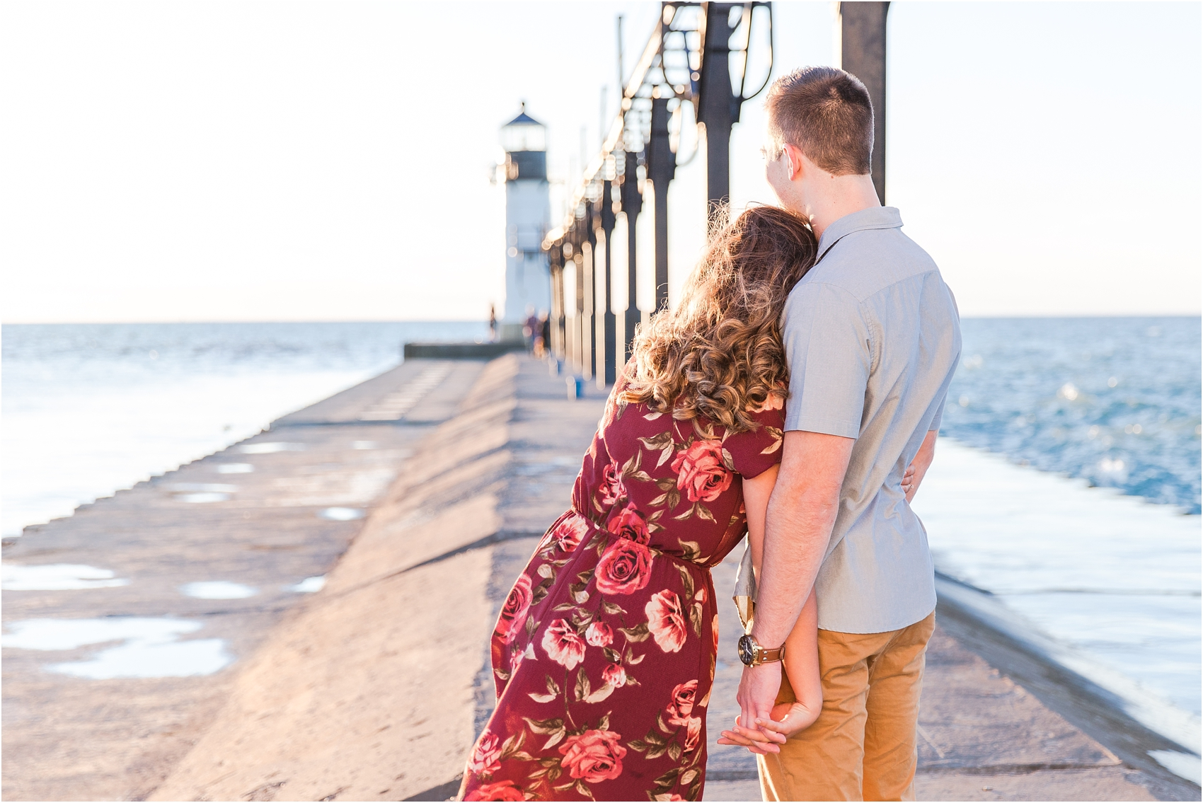 candid-end-of-summer-sunset-engagement-photos-at-silver-beach-in-st-joseph-mi-by-courtney-carolyn-photography_0027.jpg