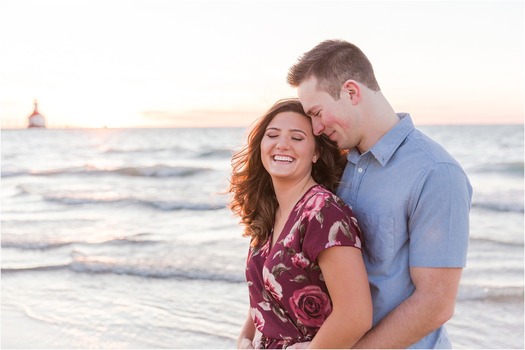 candid-end-of-summer-sunset-engagement-photos-at-silver-beach-in-st-joseph-mi-by-courtney-carolyn-photography_0033.jpg