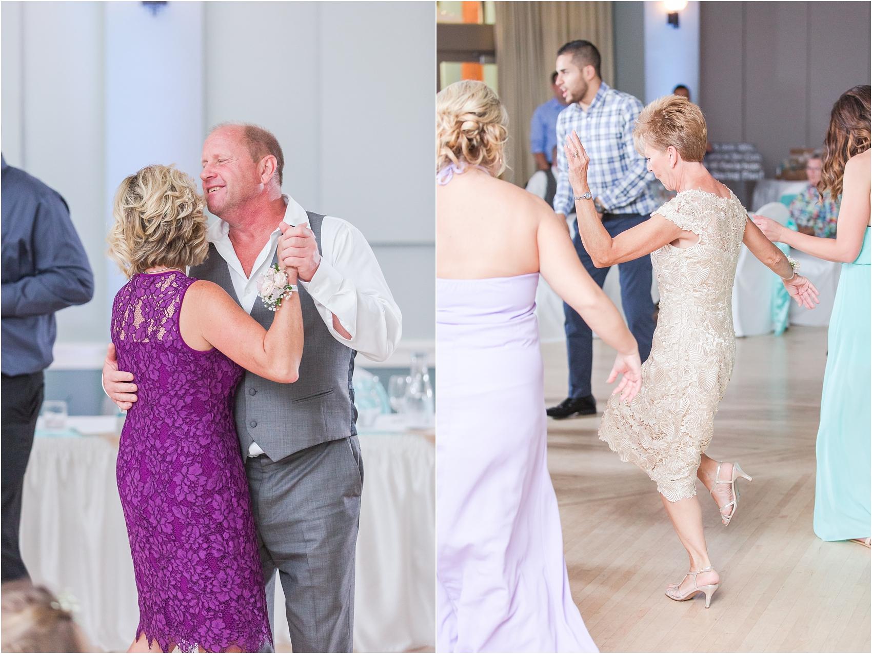 fun-whimsical-beach-wedding-photos-in-st-joseph-michigan-by-courtney-carolyn-photography_0096.jpg