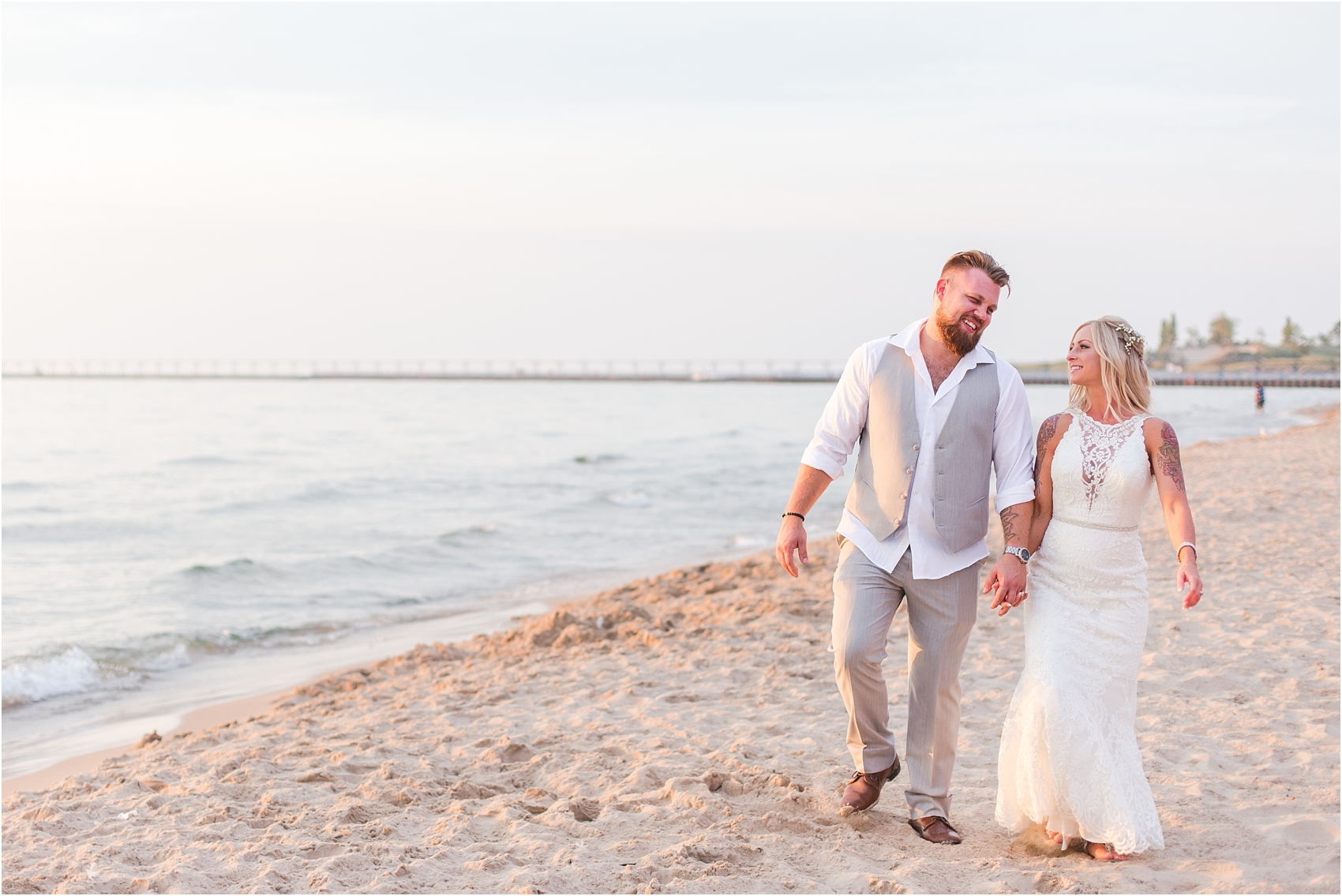 fun-whimsical-beach-wedding-photos-in-st-joseph-michigan-by-courtney-carolyn-photography_0102.jpg