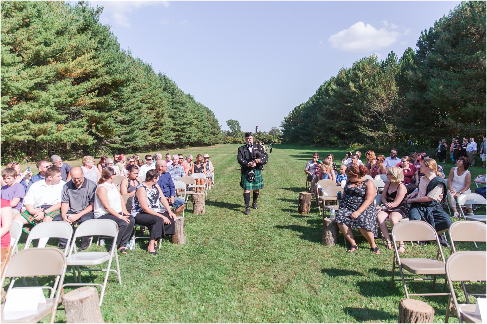 scottish-inspired-wedding-photos-in-the-country-in-port-sanilac-michigan-by-courtney-carolyn-photography_0014.jpg