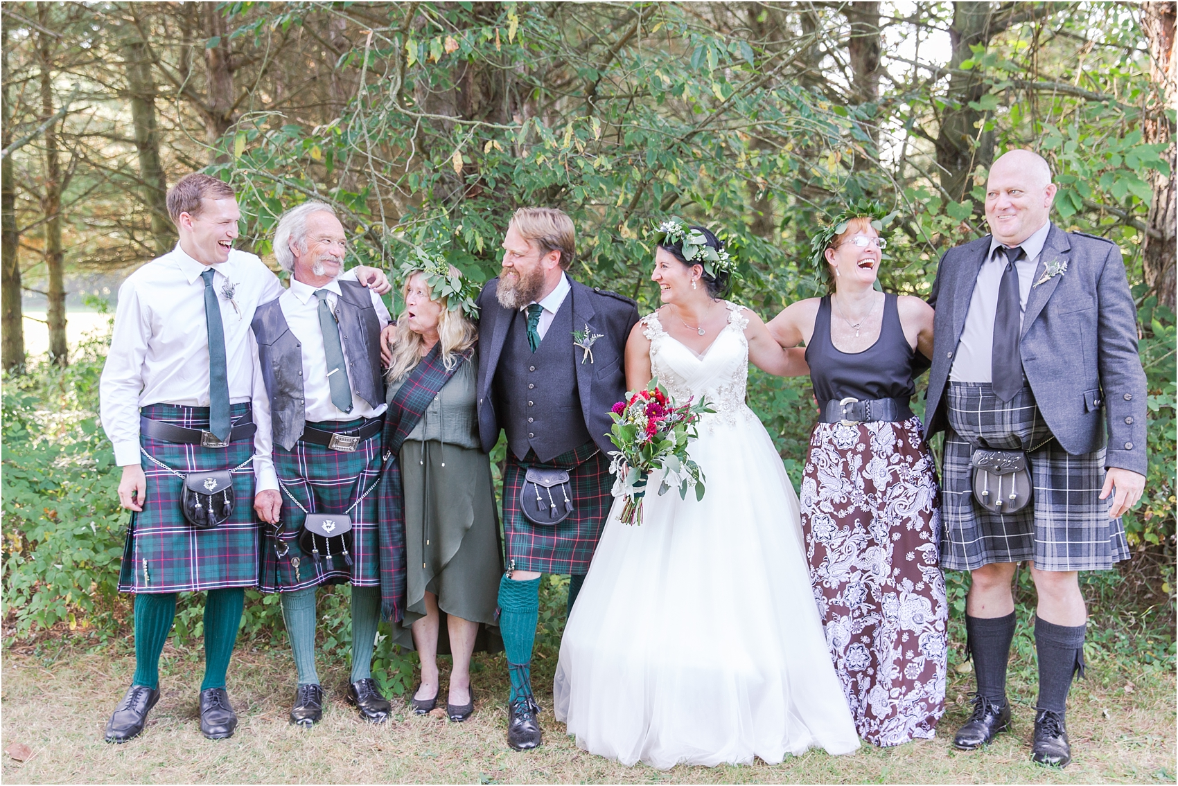 scottish-inspired-wedding-photos-in-the-country-in-port-sanilac-michigan-by-courtney-carolyn-photography_0036.jpg