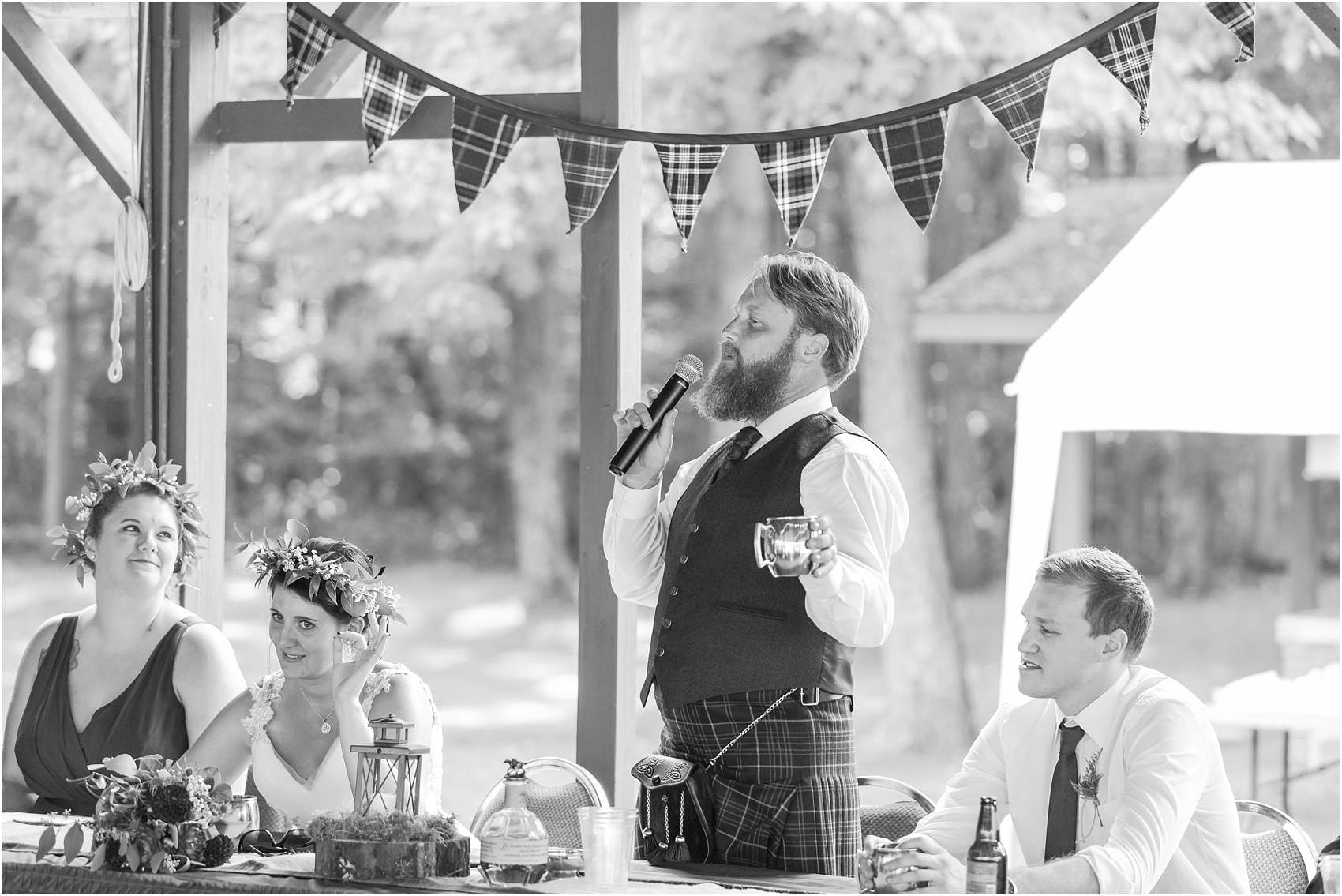scottish-inspired-wedding-photos-in-the-country-in-port-sanilac-michigan-by-courtney-carolyn-photography_0057.jpg