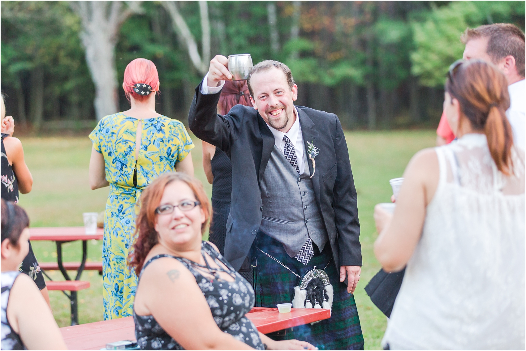 scottish-inspired-wedding-photos-in-the-country-in-port-sanilac-michigan-by-courtney-carolyn-photography_0061.jpg