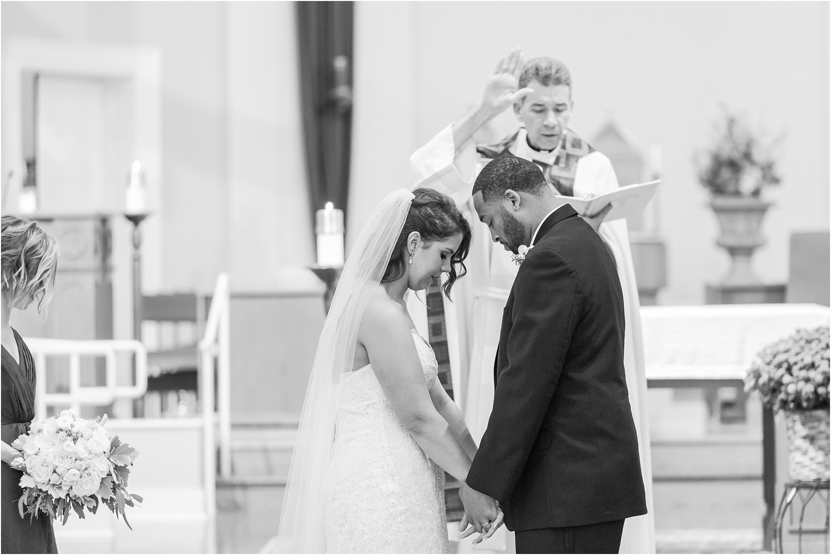 elegant-and-romantic-fall-wedding-photos-at-st-marys-catholic-church-in-monroe-michigan-by-courtney-carolyn-photography_0025.jpg