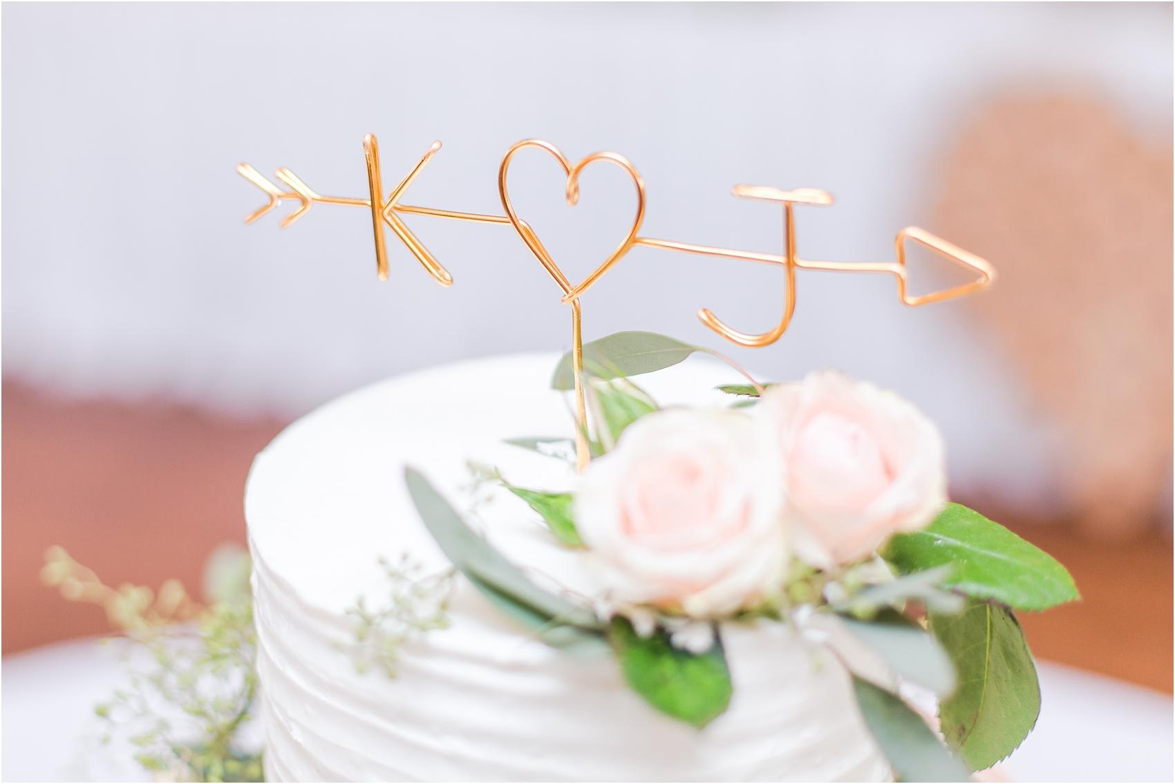 elegant-and-romantic-fall-wedding-photos-at-st-marys-catholic-church-in-monroe-michigan-by-courtney-carolyn-photography_0066.jpg