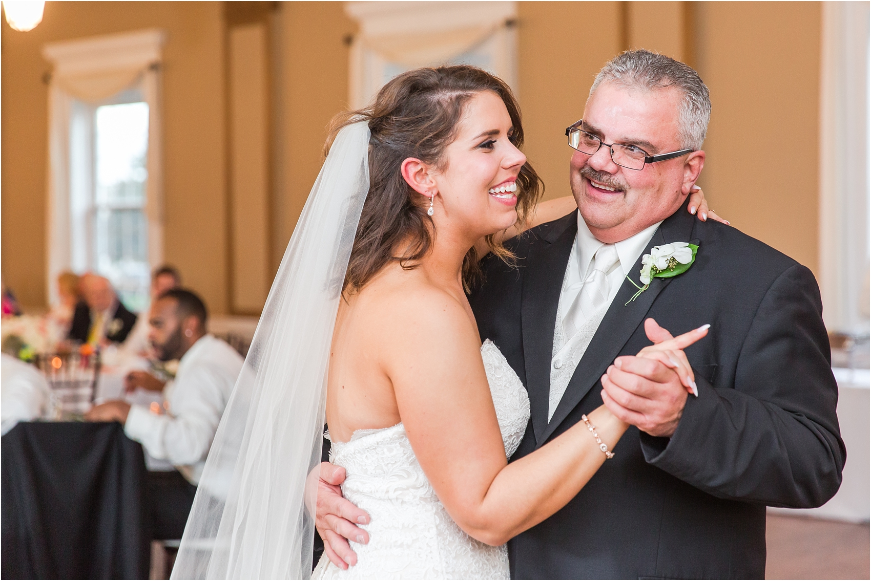 elegant-and-romantic-fall-wedding-photos-at-st-marys-catholic-church-in-monroe-michigan-by-courtney-carolyn-photography_0073.jpg