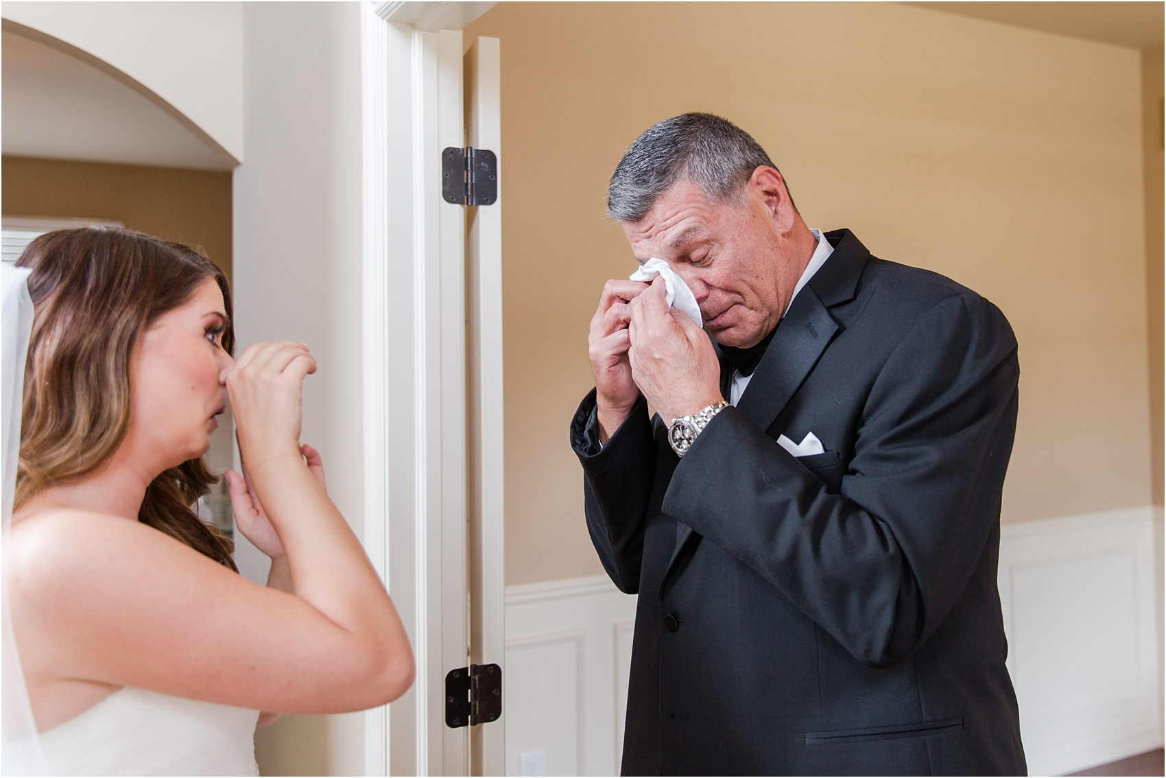 father-and-bride-share-emotional-first-look-on-wedding-day-photos-in-detroit-michigan-by-courtney-carolyn-photography_0019.jpg