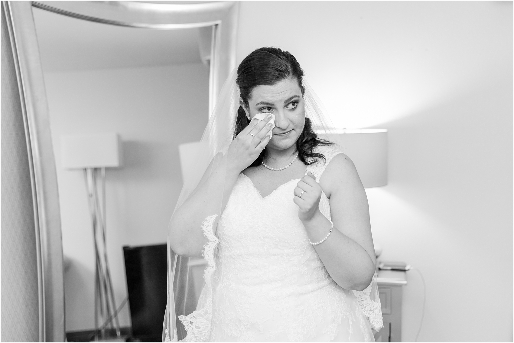 father-and-bride-share-emotional-first-look-on-wedding-day-photos-in-detroit-michigan-by-courtney-carolyn-photography_0078.jpg