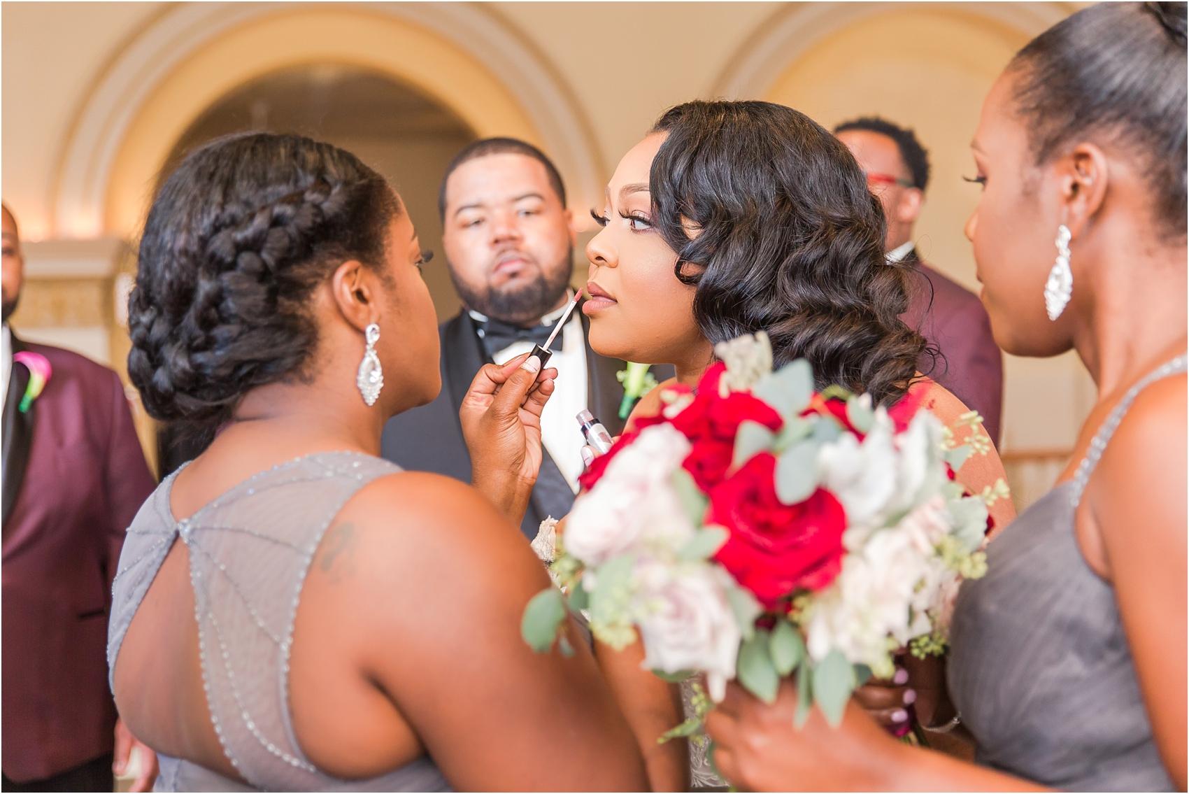 minimalist-and-modern-wedding-photos-at-30-north-saginaw-in-pontiac-michigan-by-courtney-carolyn-photography_0021.jpg