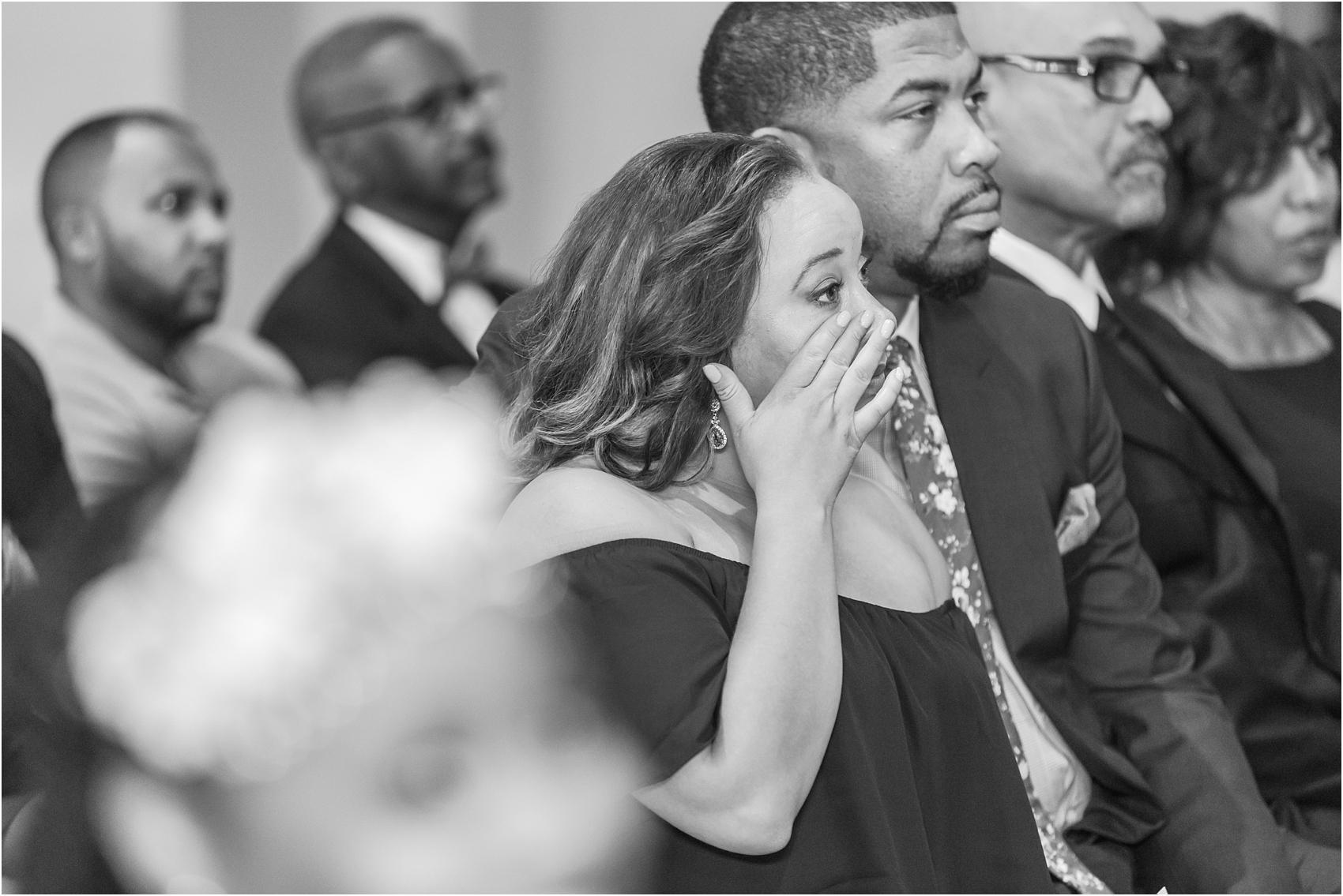 minimalist-and-modern-wedding-photos-at-30-north-saginaw-in-pontiac-michigan-by-courtney-carolyn-photography_0039.jpg