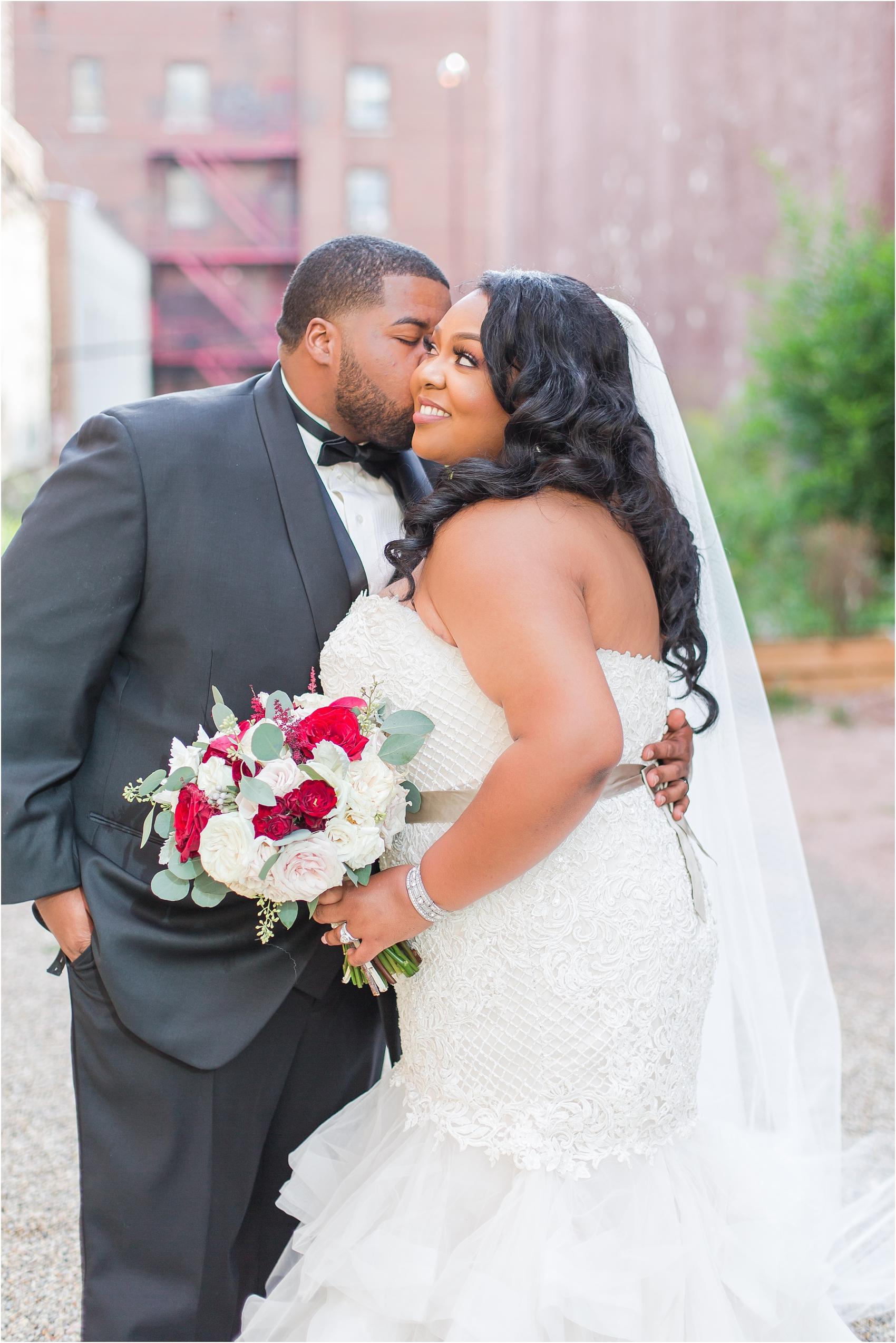 minimalist-and-modern-wedding-photos-at-30-north-saginaw-in-pontiac-michigan-by-courtney-carolyn-photography_0059.jpg