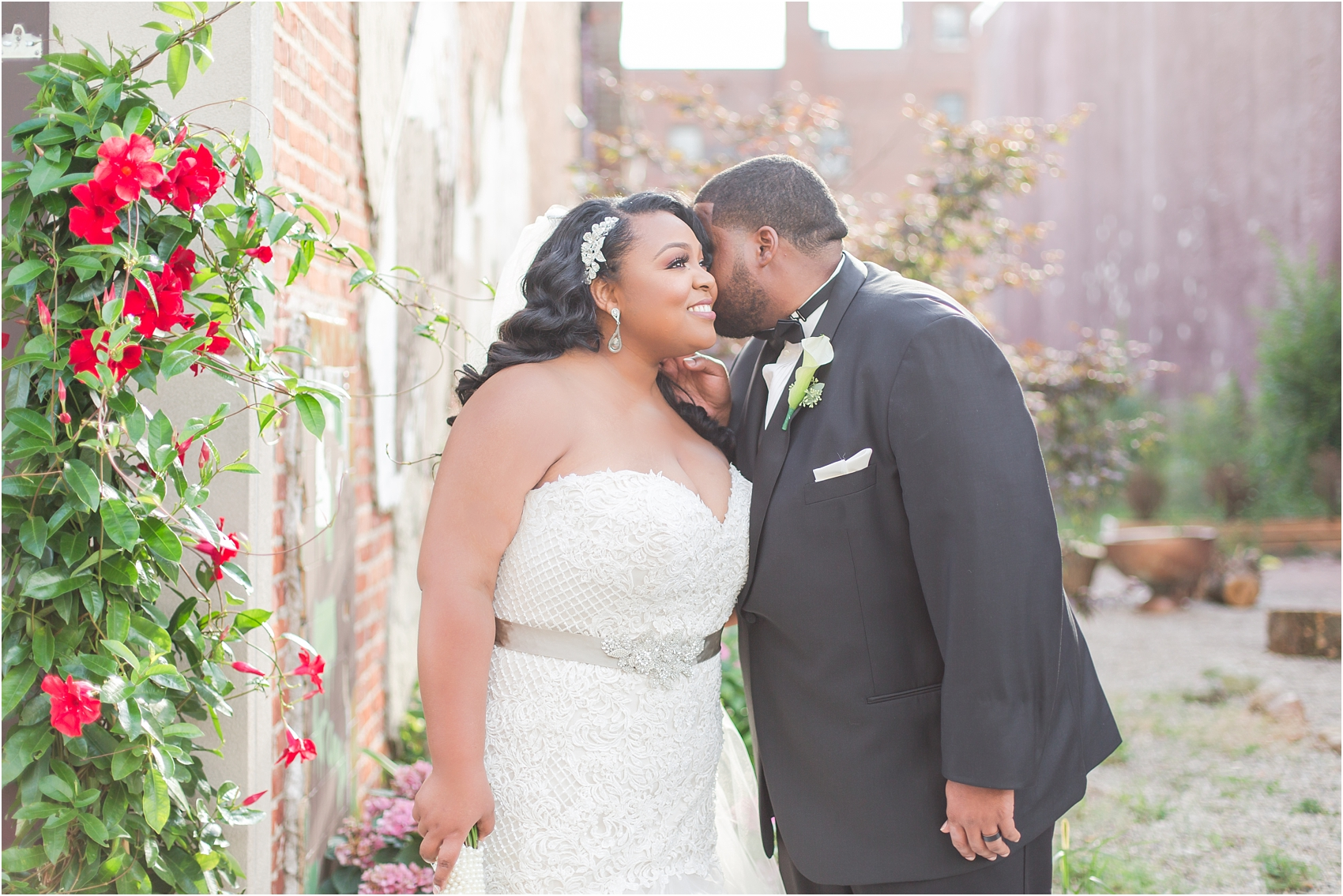 minimalist-and-modern-wedding-photos-at-30-north-saginaw-in-pontiac-michigan-by-courtney-carolyn-photography_0069.jpg