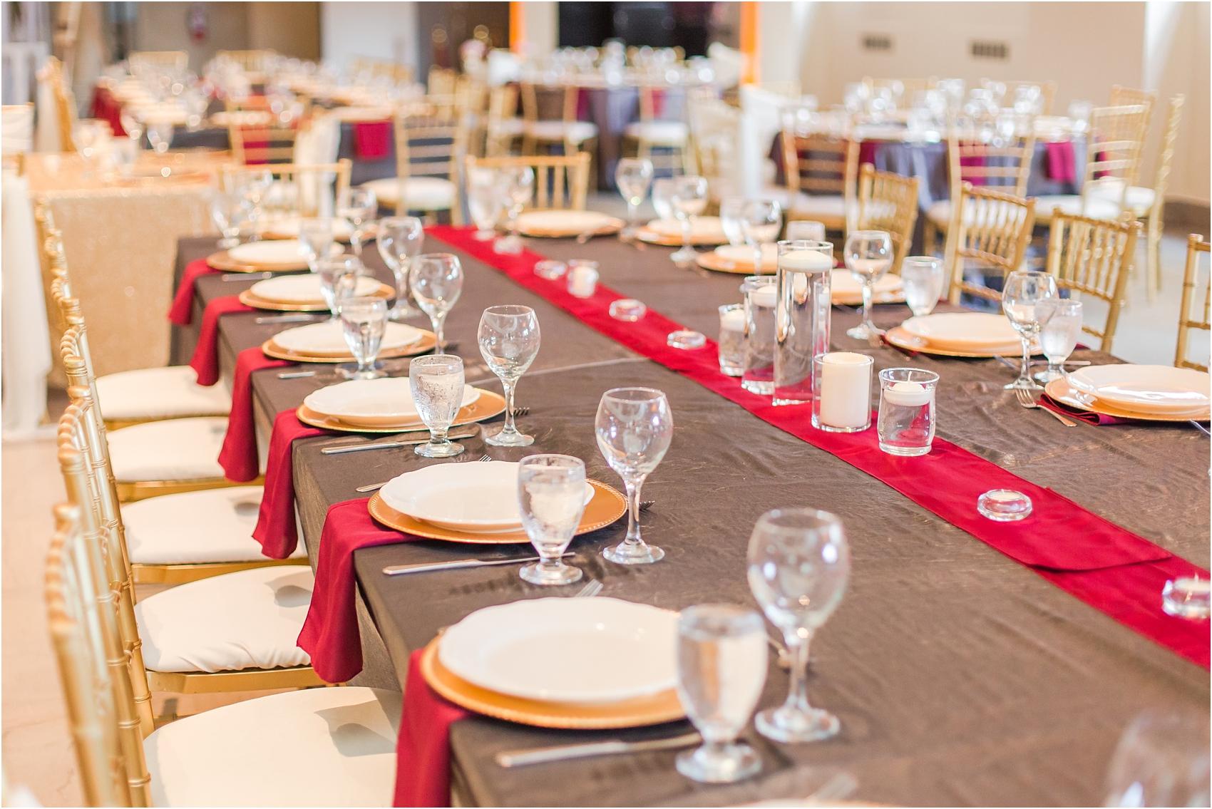 minimalist-and-modern-wedding-photos-at-30-north-saginaw-in-pontiac-michigan-by-courtney-carolyn-photography_0071.jpg