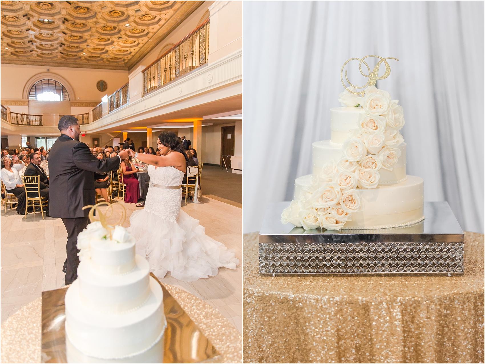 minimalist-and-modern-wedding-photos-at-30-north-saginaw-in-pontiac-michigan-by-courtney-carolyn-photography_0080.jpg