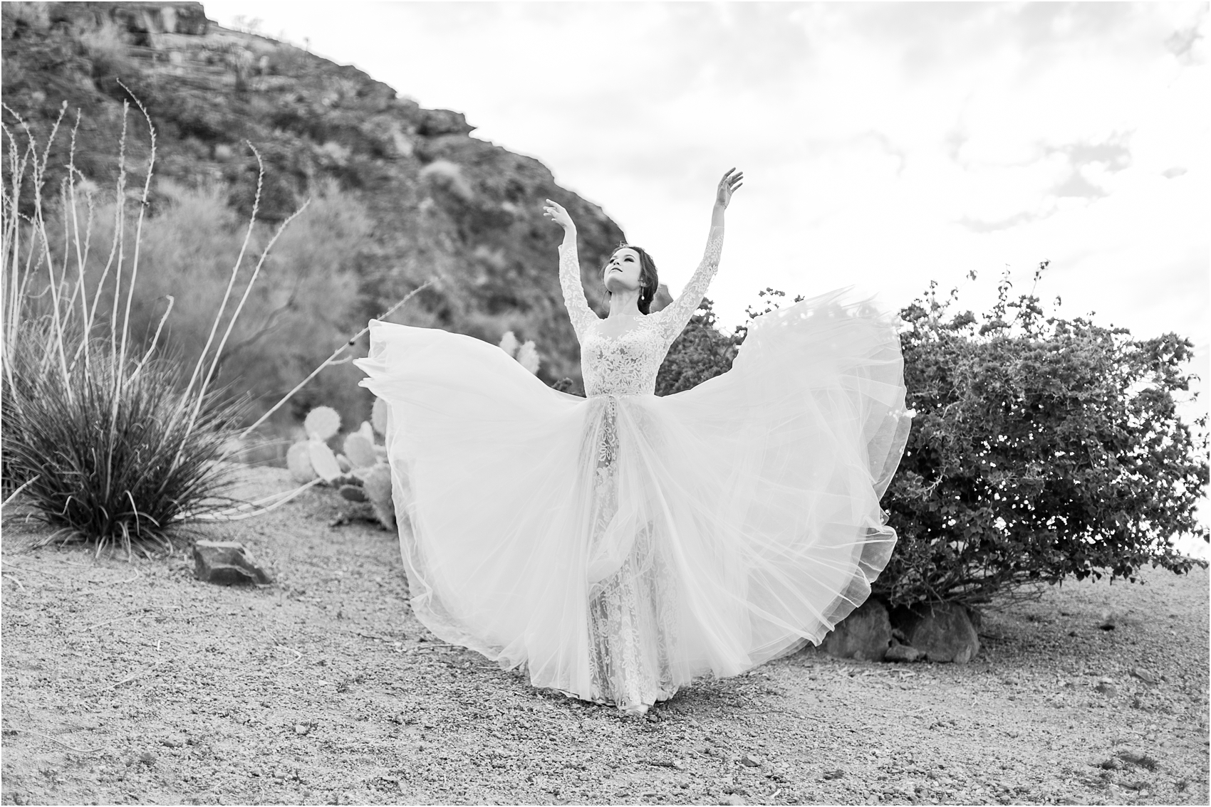 paris-and-ballerina-inspired-bride-wedding-photos-at-phoenix-marriott-tempe-at-the-buttes-in-tempe-arizona-by-courtney-carolyn-photography_0006.jpg