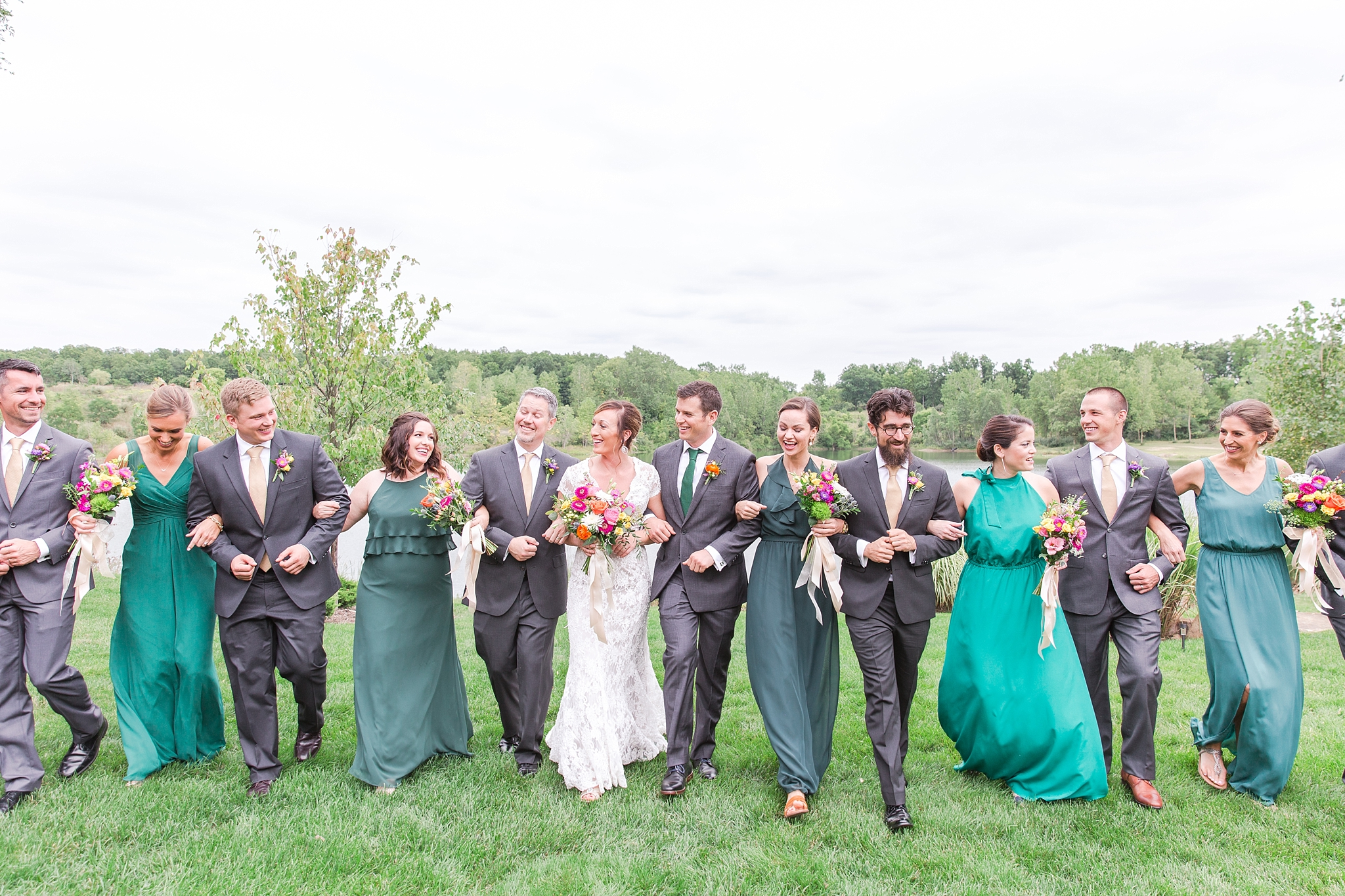 romantic-artful-candid-wedding-photos-in-detroit-lansing-ann-arbor-northern-michigan-and-chicago-by-courtney-carolyn-photography_0025.jpg