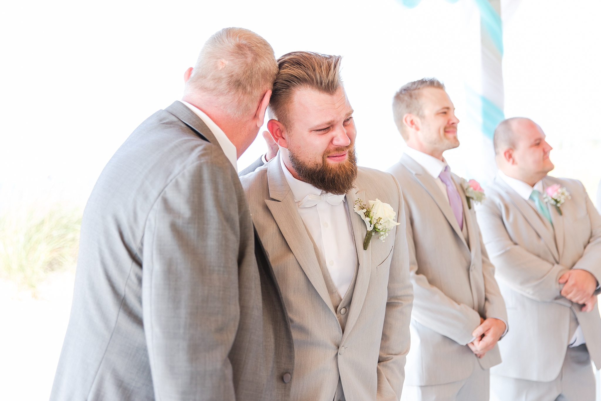 romantic-artful-candid-wedding-photos-in-detroit-lansing-ann-arbor-northern-michigan-and-chicago-by-courtney-carolyn-photography_0054.jpg