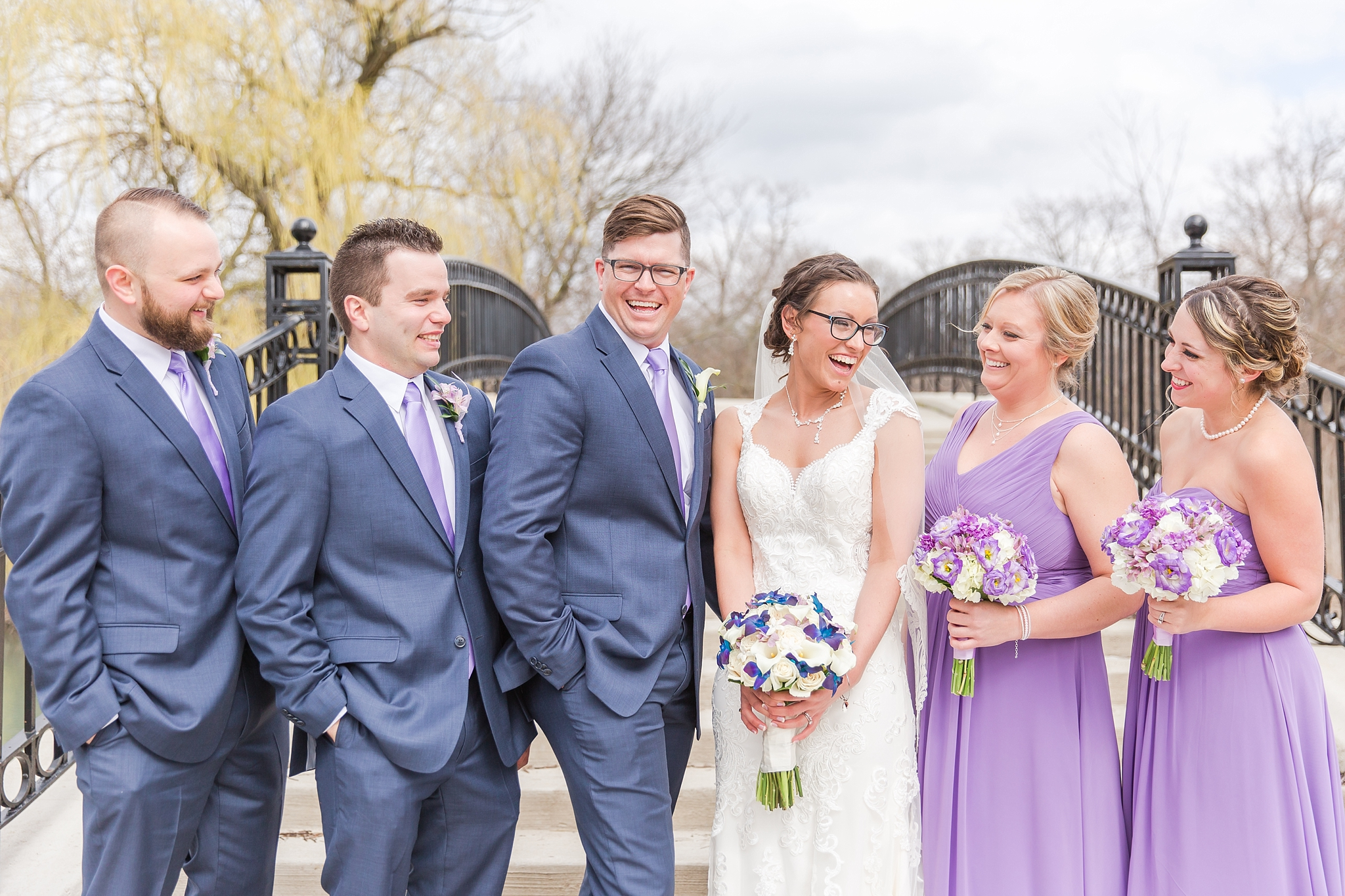 classic-timeless-candid-wedding-photos-in-grosse-ile-and-trenton-michigan-by-courtney-carolyn-photography_0046.jpg