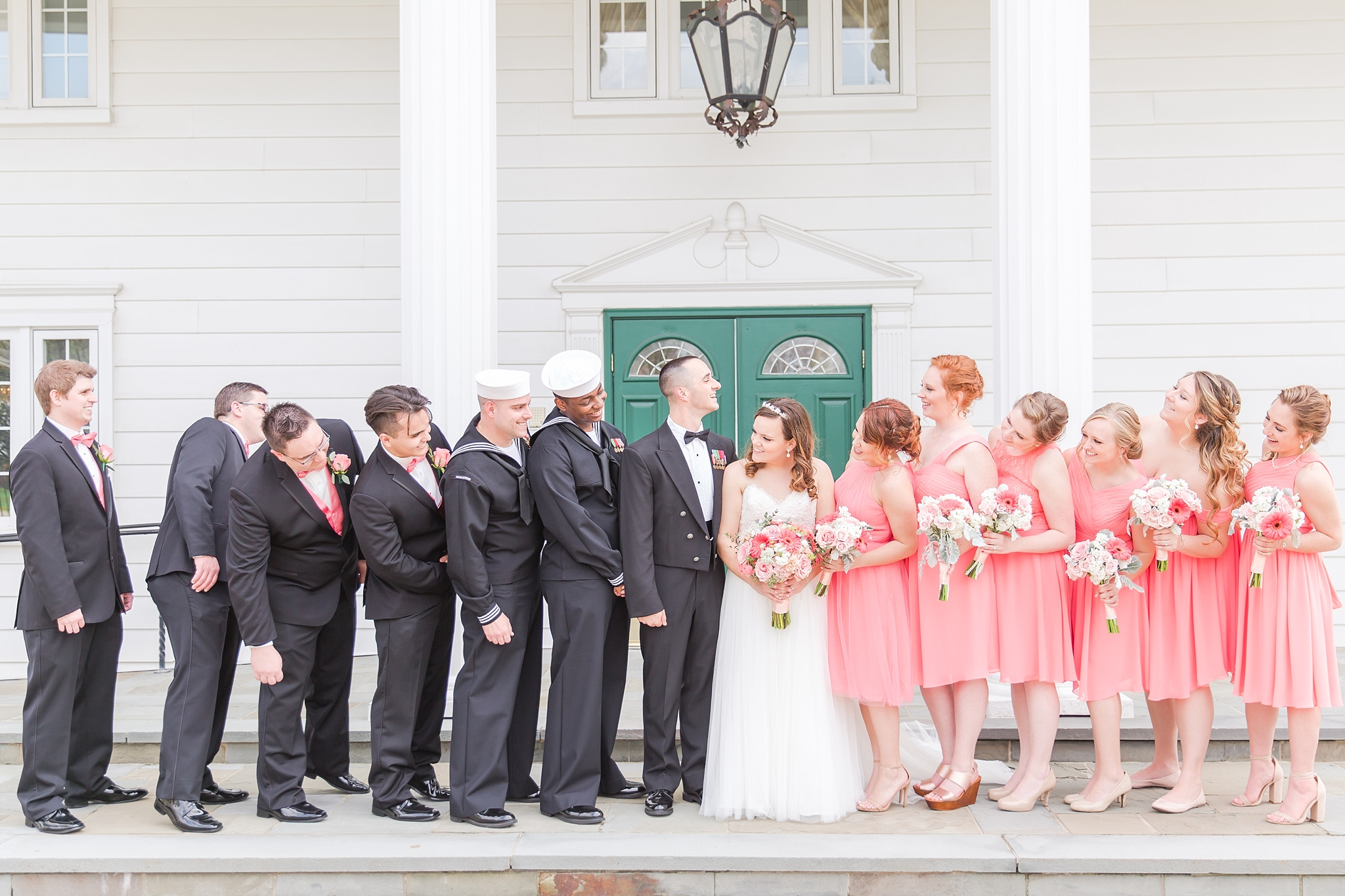romantic-artful-candid-wedding-photos-in-st-clair-shores-at-the-white-house-wedding-chapel-by-courtney-carolyn-photography_0051.jpg