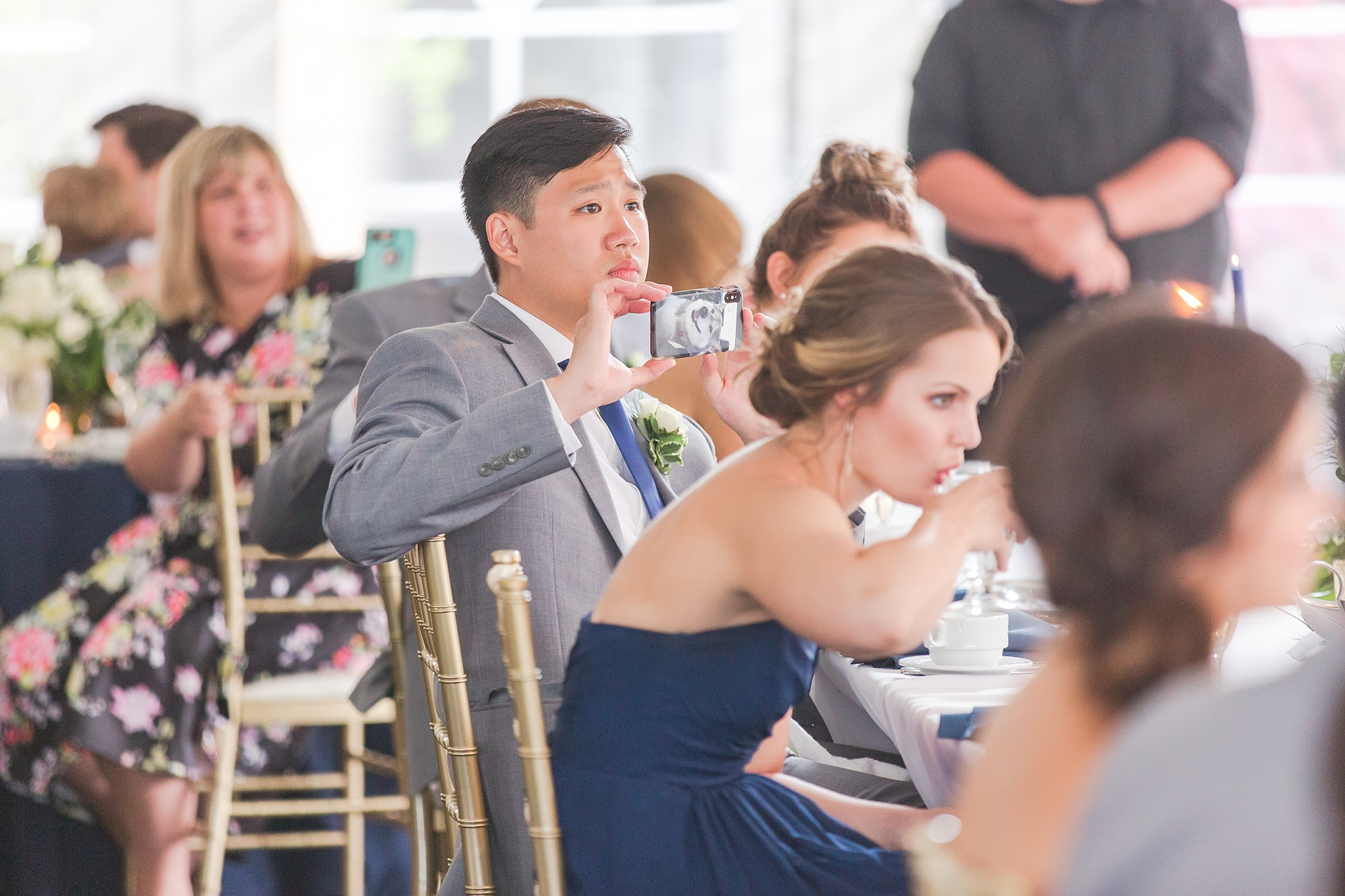 joyful-candid-laid-back-wedding-photos-in-ann-arbor-michigan-and-at-the-eagle-crest-golf-resort-by-courtney-carolyn-photography_0098.jpg