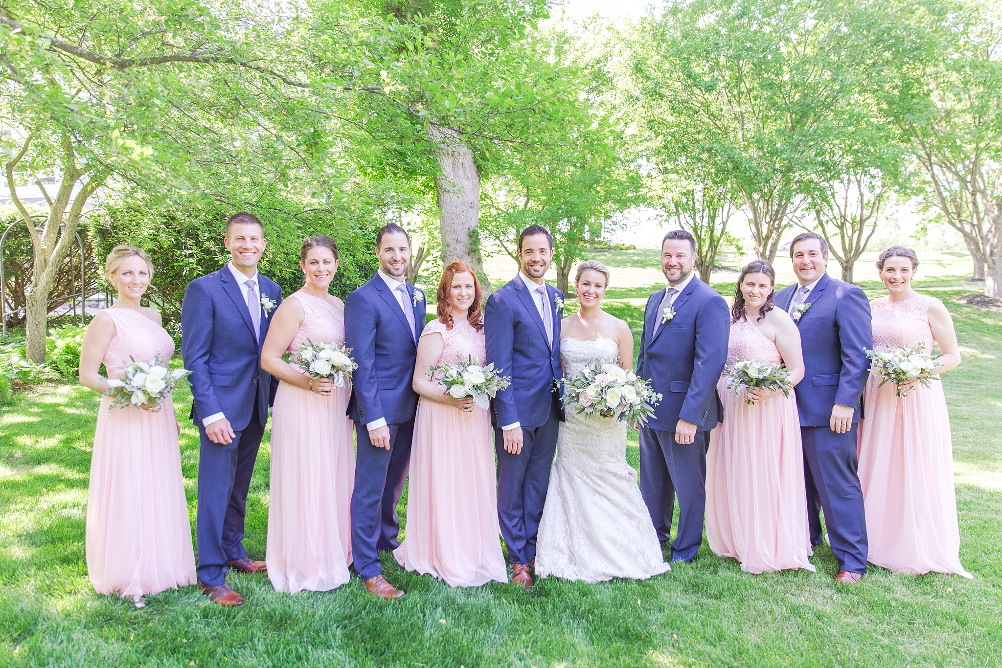 fun-candid-laid-back-wedding-photos-at-wellers-carriage-house-in-saline-michigan-and-at-the-eagle-crest-golf-resort-by-courtney-carolyn-photography_0035.jpg