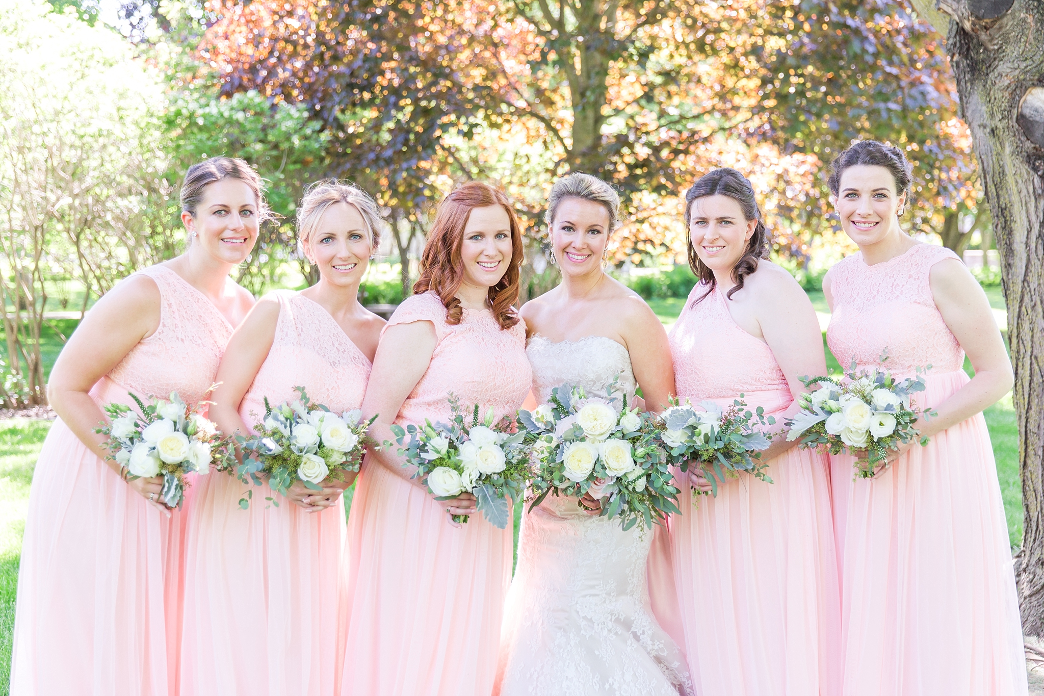 fun-candid-laid-back-wedding-photos-at-wellers-carriage-house-in-saline-michigan-and-at-the-eagle-crest-golf-resort-by-courtney-carolyn-photography_0056.jpg