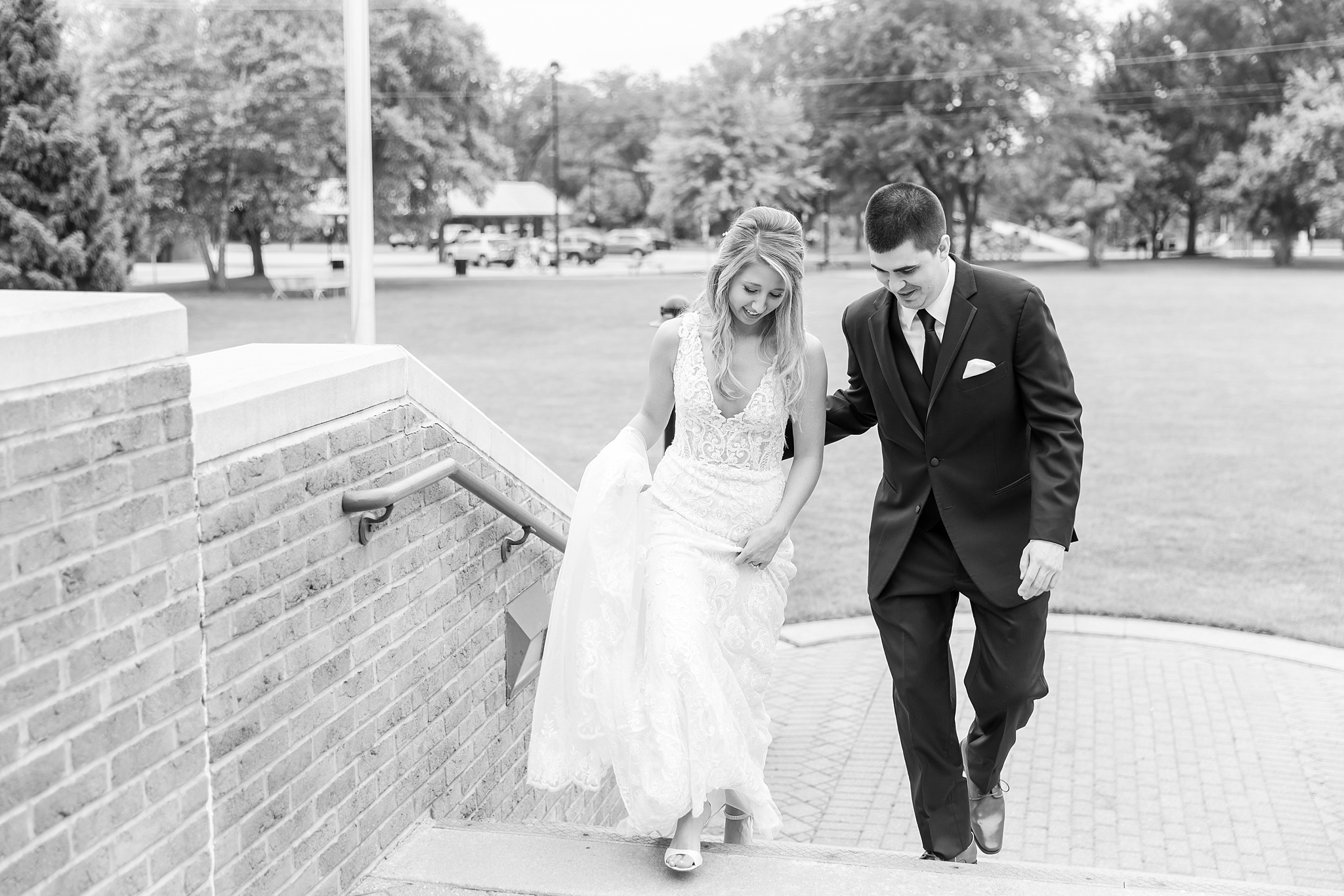 candid-romantic-wedding-photos-at-the-h-hotel-in-midland-michigan-by-courtney-carolyn-photography_0035.jpg