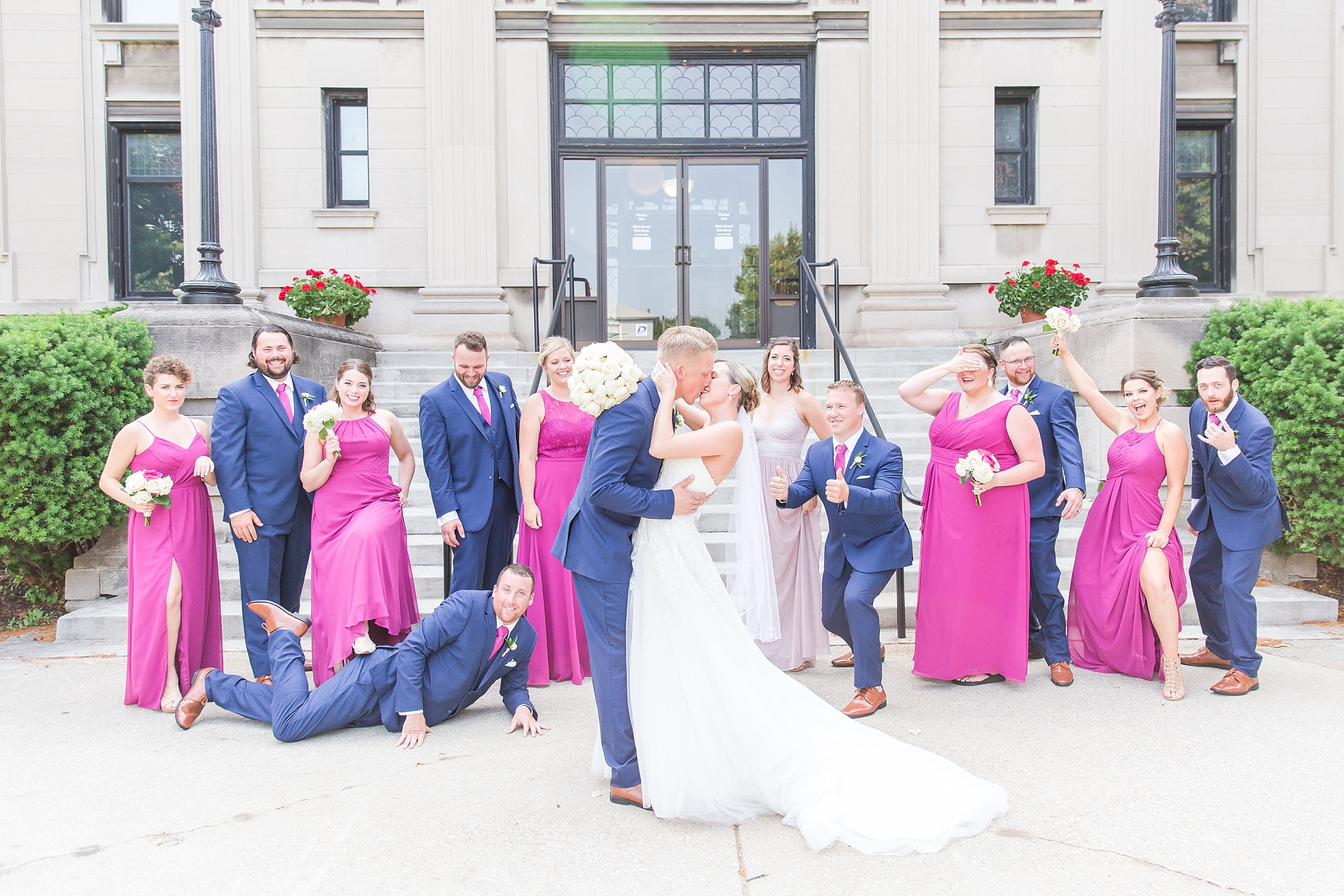 fun-nautical-wedding-photos-at-the-bean-dock-in-downtown-port-huron-michigan-by-courtney-carolyn-photography_0045.jpg