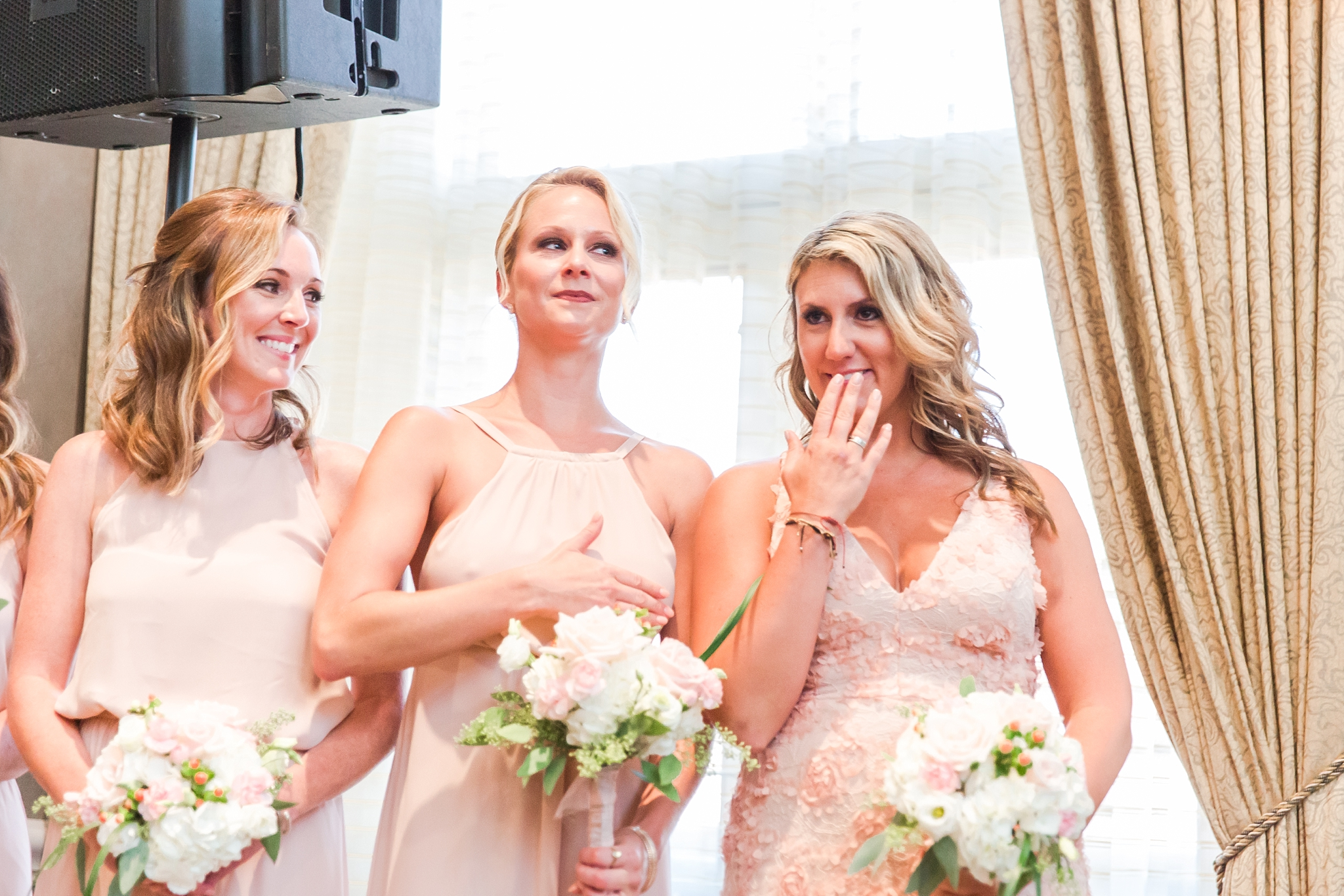 playful-blush-navy-wedding-photos-the-detroit-athletic-club-in-detroit-michigan-by-courtney-carolyn-photography_0027.jpg