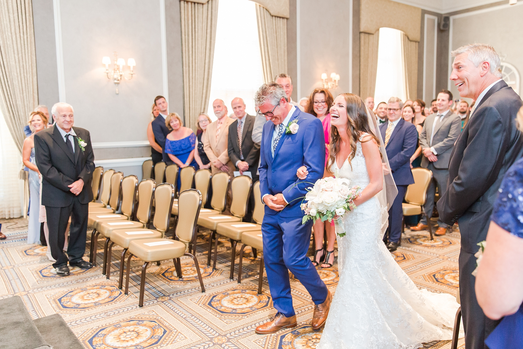 playful-blush-navy-wedding-photos-the-detroit-athletic-club-in-detroit-michigan-by-courtney-carolyn-photography_0026.jpg