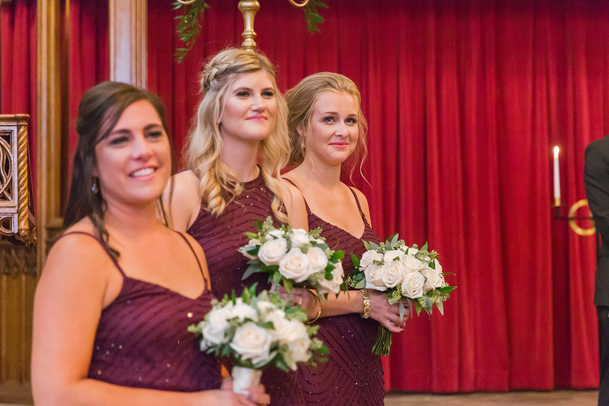 candid-romantic-wedding-photos-at-the-masonic-temple-belle-isle-detroit-institute-of-arts-in-detroit-michigan-by-courtney-carolyn-photography_0068.jpg