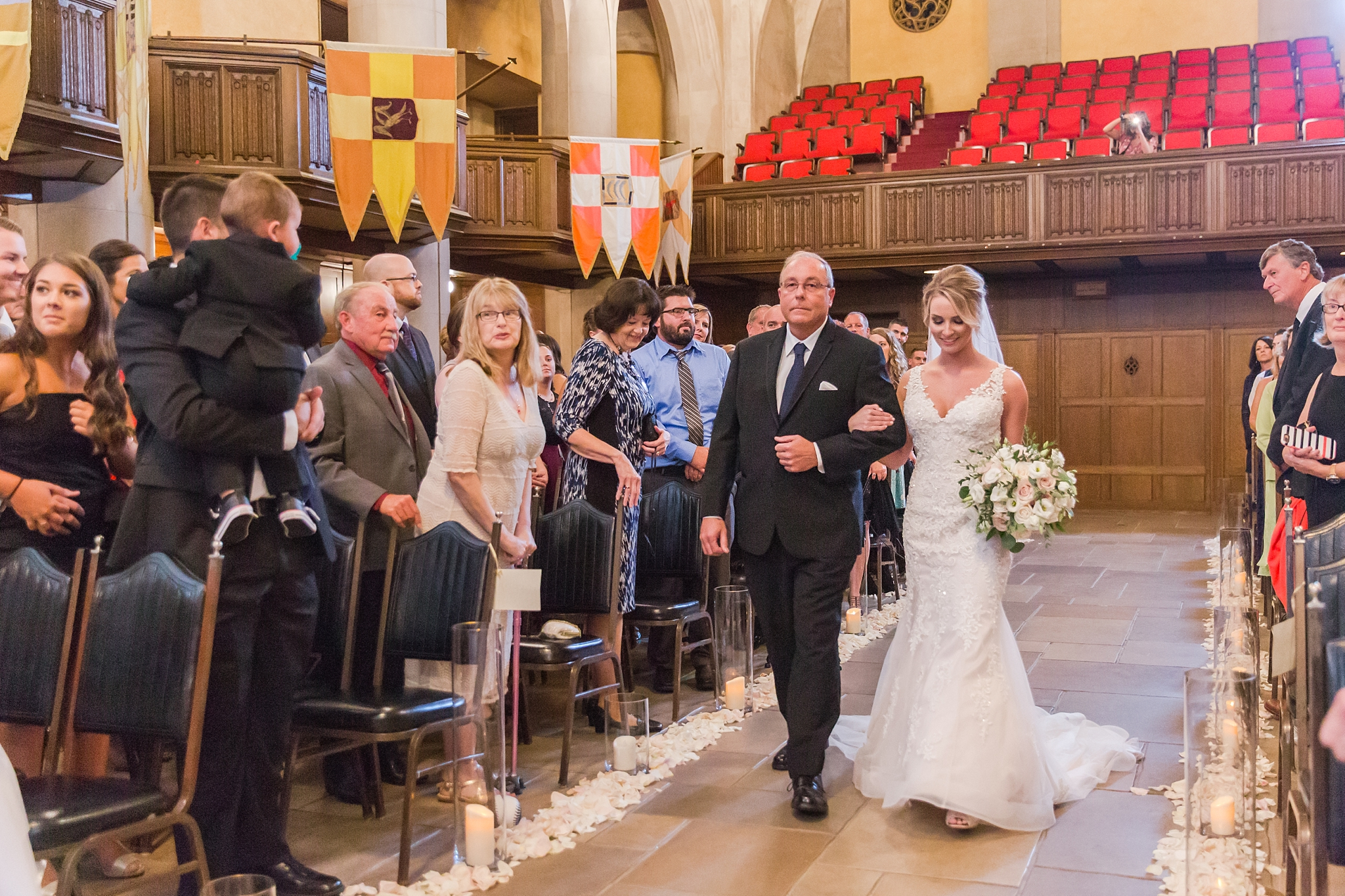 candid-romantic-wedding-photos-at-the-masonic-temple-belle-isle-detroit-institute-of-arts-in-detroit-michigan-by-courtney-carolyn-photography_0071.jpg