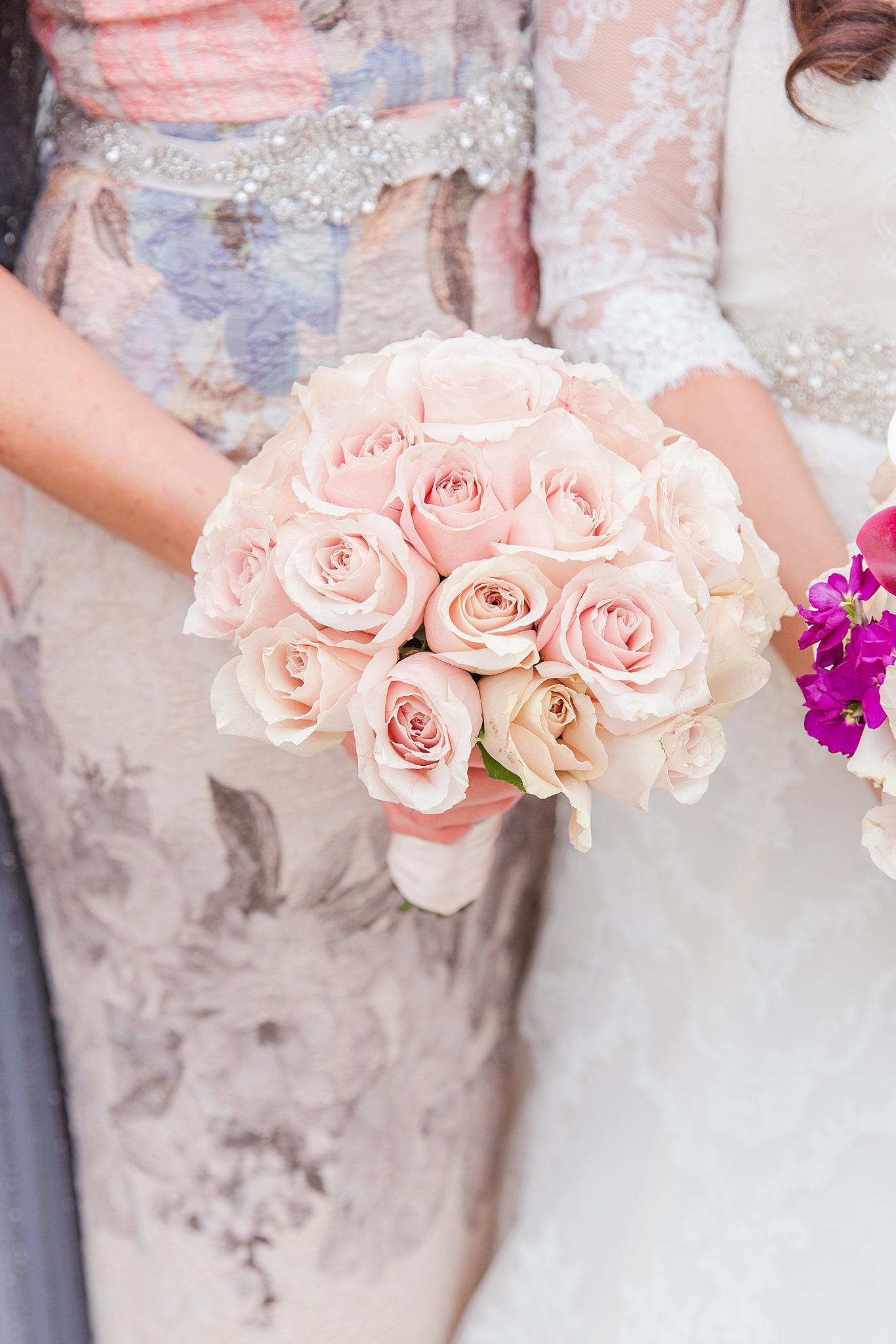 detroit-colony-club-wedding-regal-romantic-photography-in-detroit-mi-by-courtney-carolyn-photography_0008.jpg