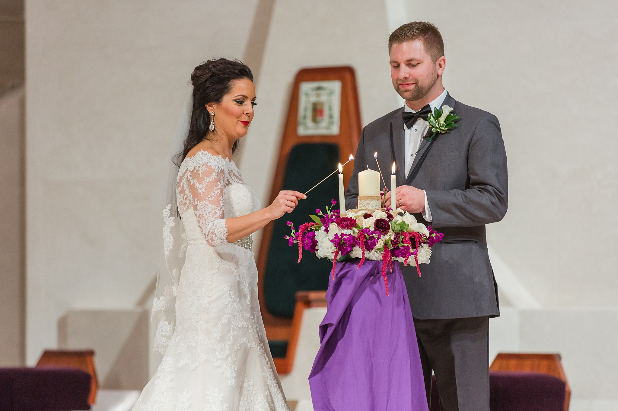 detroit-colony-club-wedding-regal-romantic-photography-in-detroit-mi-by-courtney-carolyn-photography_0030.jpg