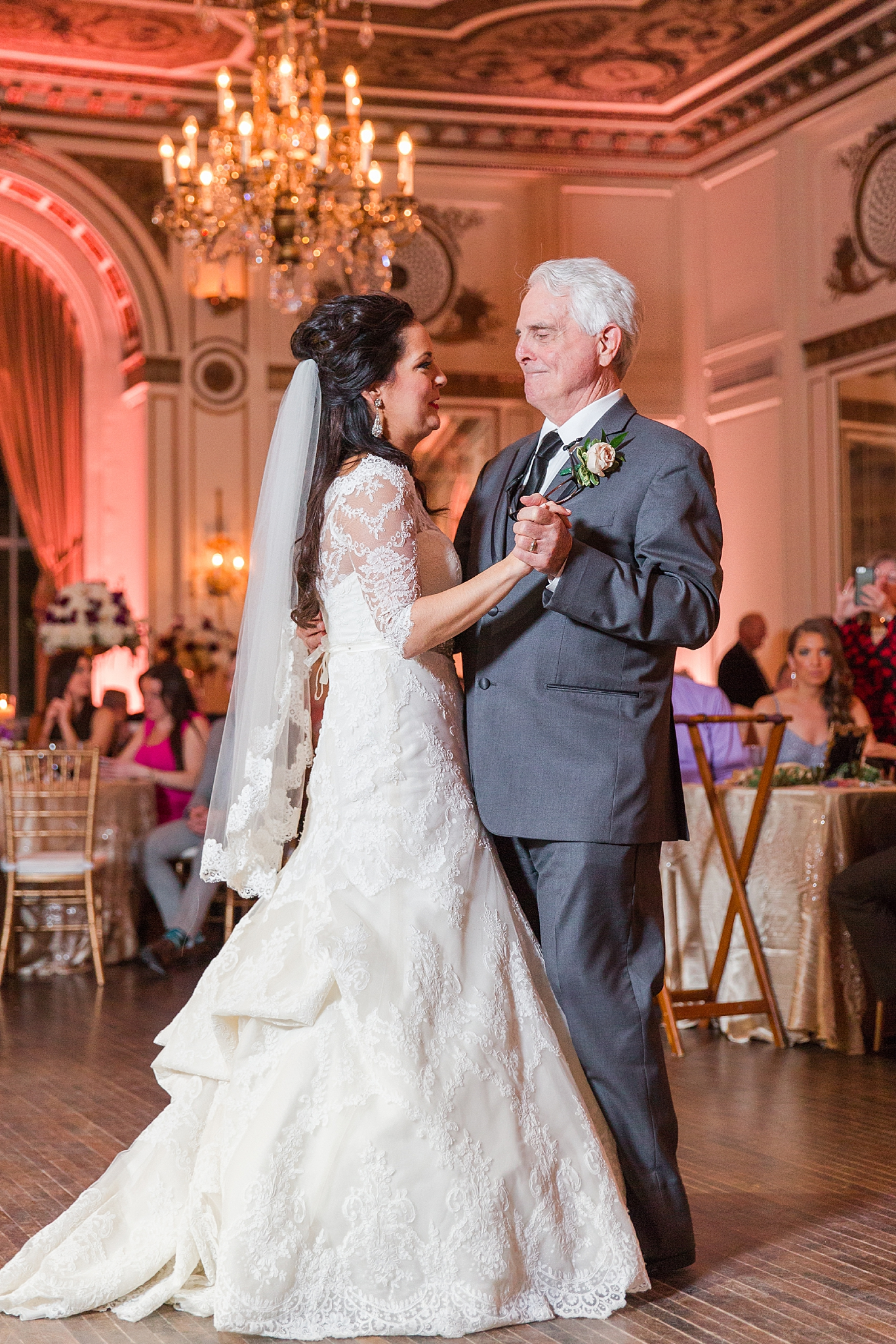 detroit-colony-club-wedding-regal-romantic-photography-in-detroit-mi-by-courtney-carolyn-photography_0043.jpg
