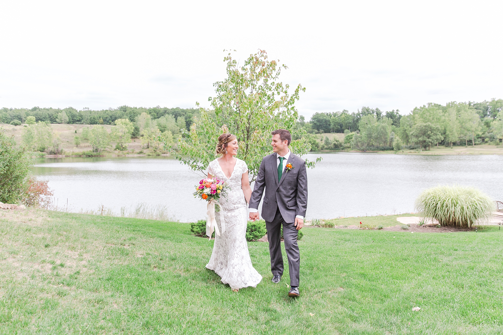 private-lakefront-estate-wedding-photography-in-ann-arbor-michigan-by-courtney-carolyn-photography_0001.jpg