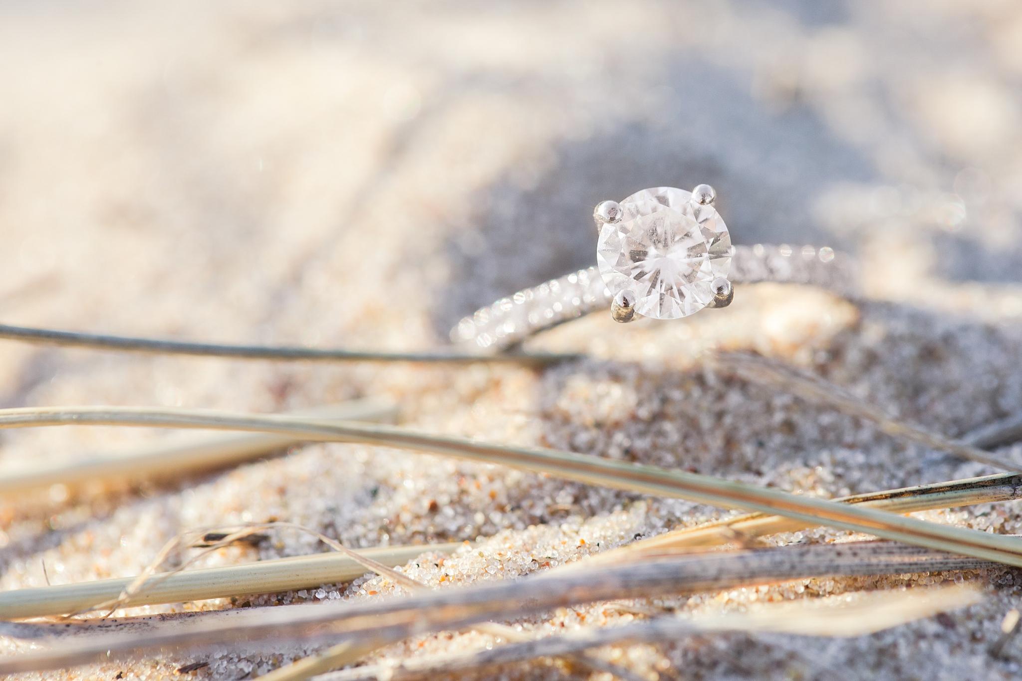 romantic--summer-beach-engagement-photography-in-st-joseph-mi-by-courtney-carolyn-photography_0006.jpg