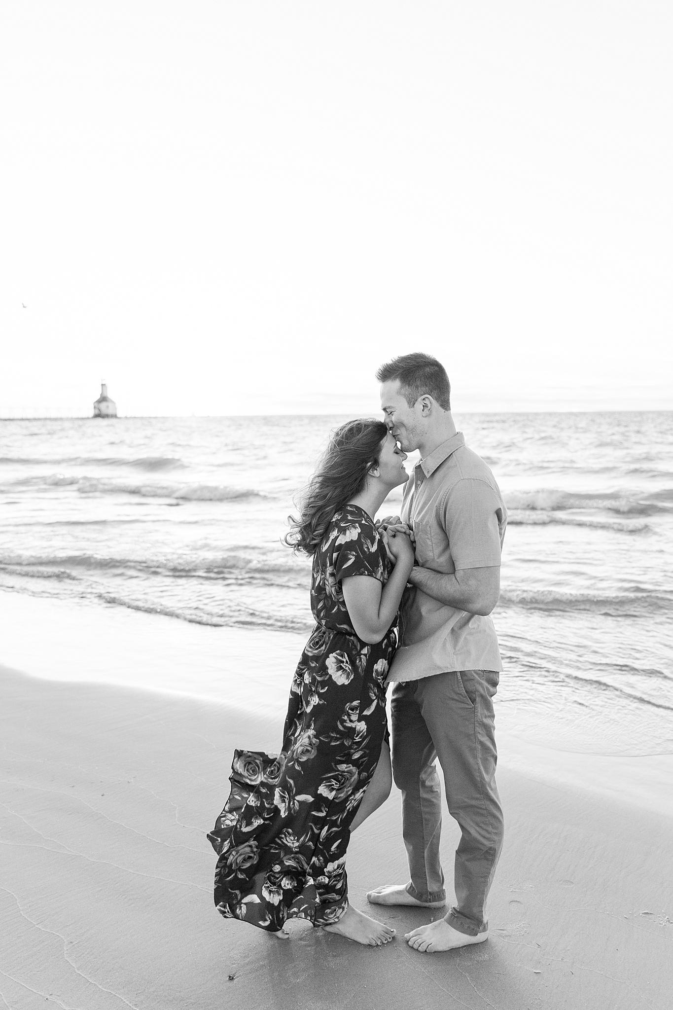 romantic--summer-beach-engagement-photography-in-st-joseph-mi-by-courtney-carolyn-photography_0013.jpg