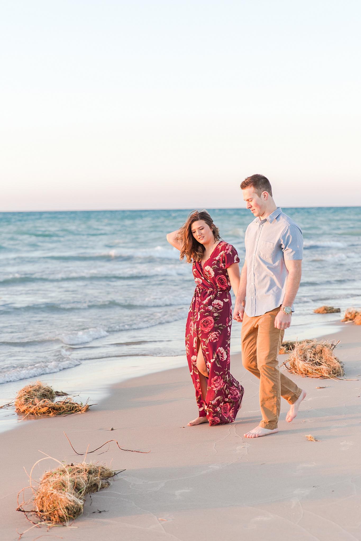 romantic--summer-beach-engagement-photography-in-st-joseph-mi-by-courtney-carolyn-photography_0017.jpg