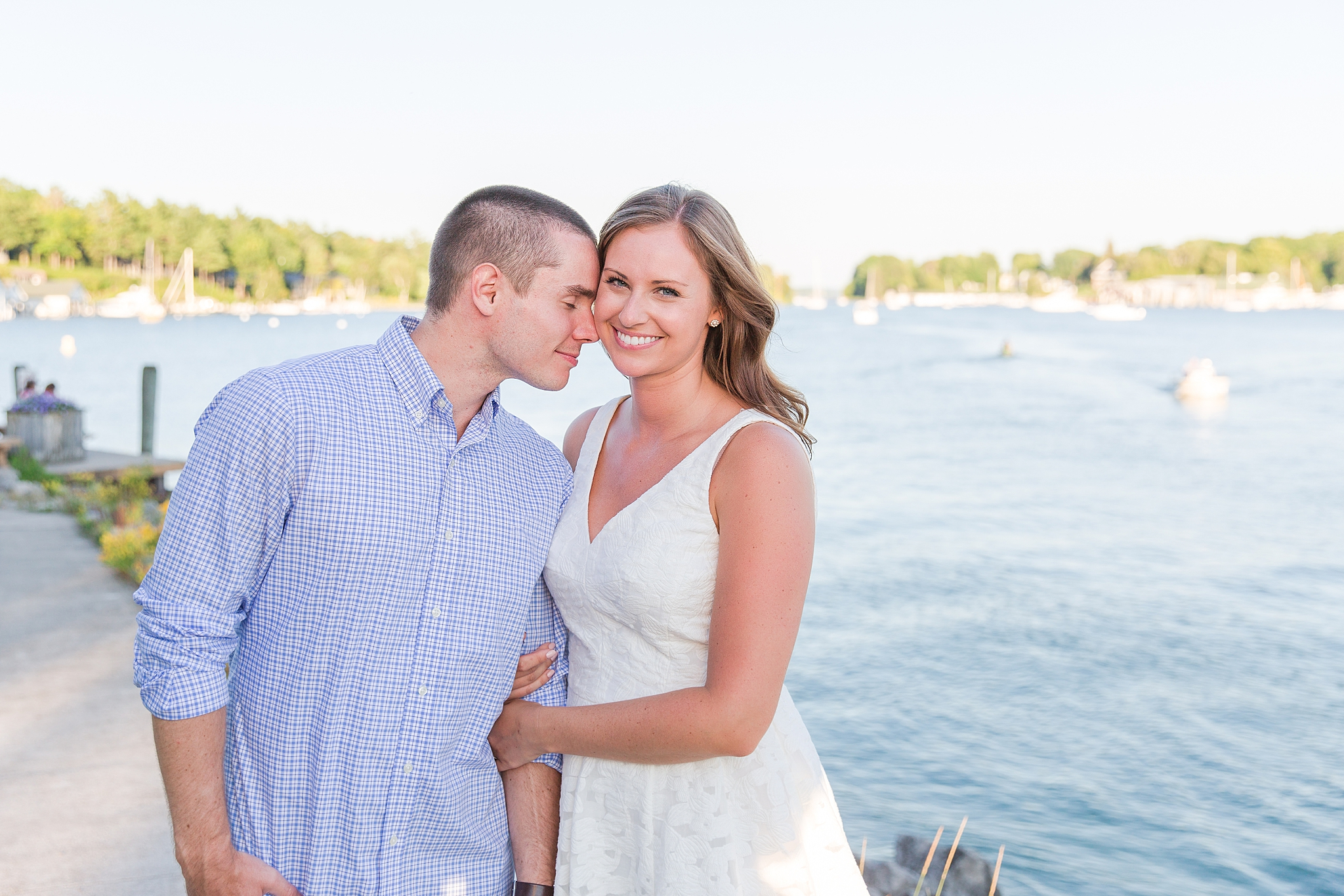 waterfront-lighthouse-engagement-photography-in-charlevoix-mi-by-courtney-carolyn-photography_0002.jpg