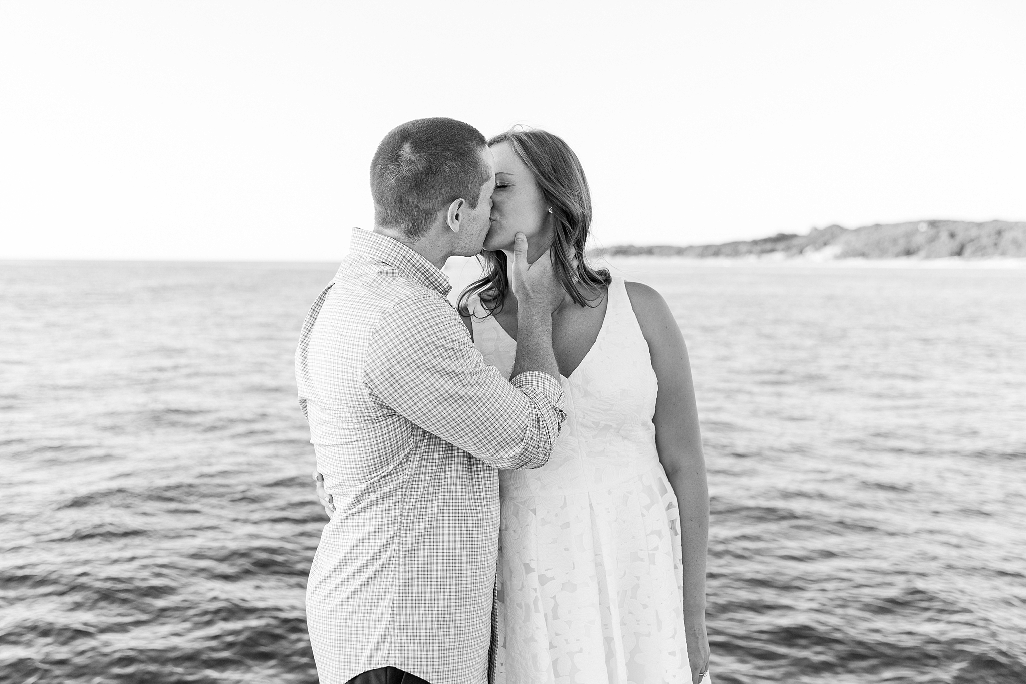 waterfront-lighthouse-engagement-photography-in-charlevoix-mi-by-courtney-carolyn-photography_0006.jpg