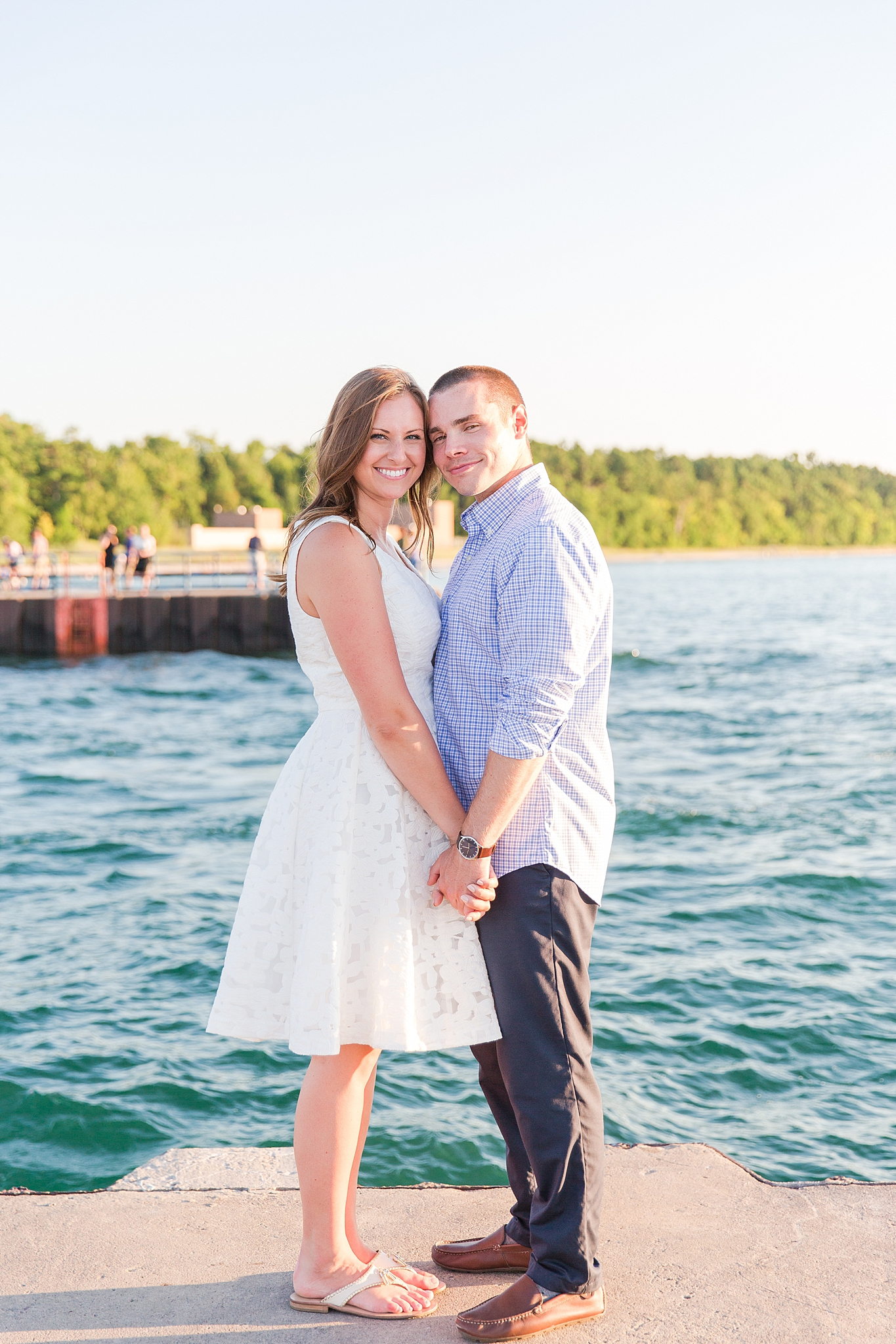 waterfront-lighthouse-engagement-photography-in-charlevoix-mi-by-courtney-carolyn-photography_0007.jpg