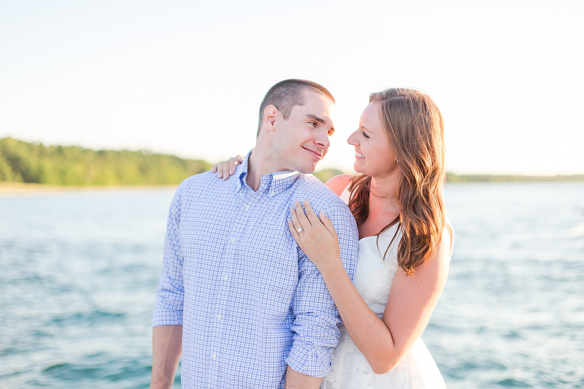 waterfront-lighthouse-engagement-photography-in-charlevoix-mi-by-courtney-carolyn-photography_0010.jpg