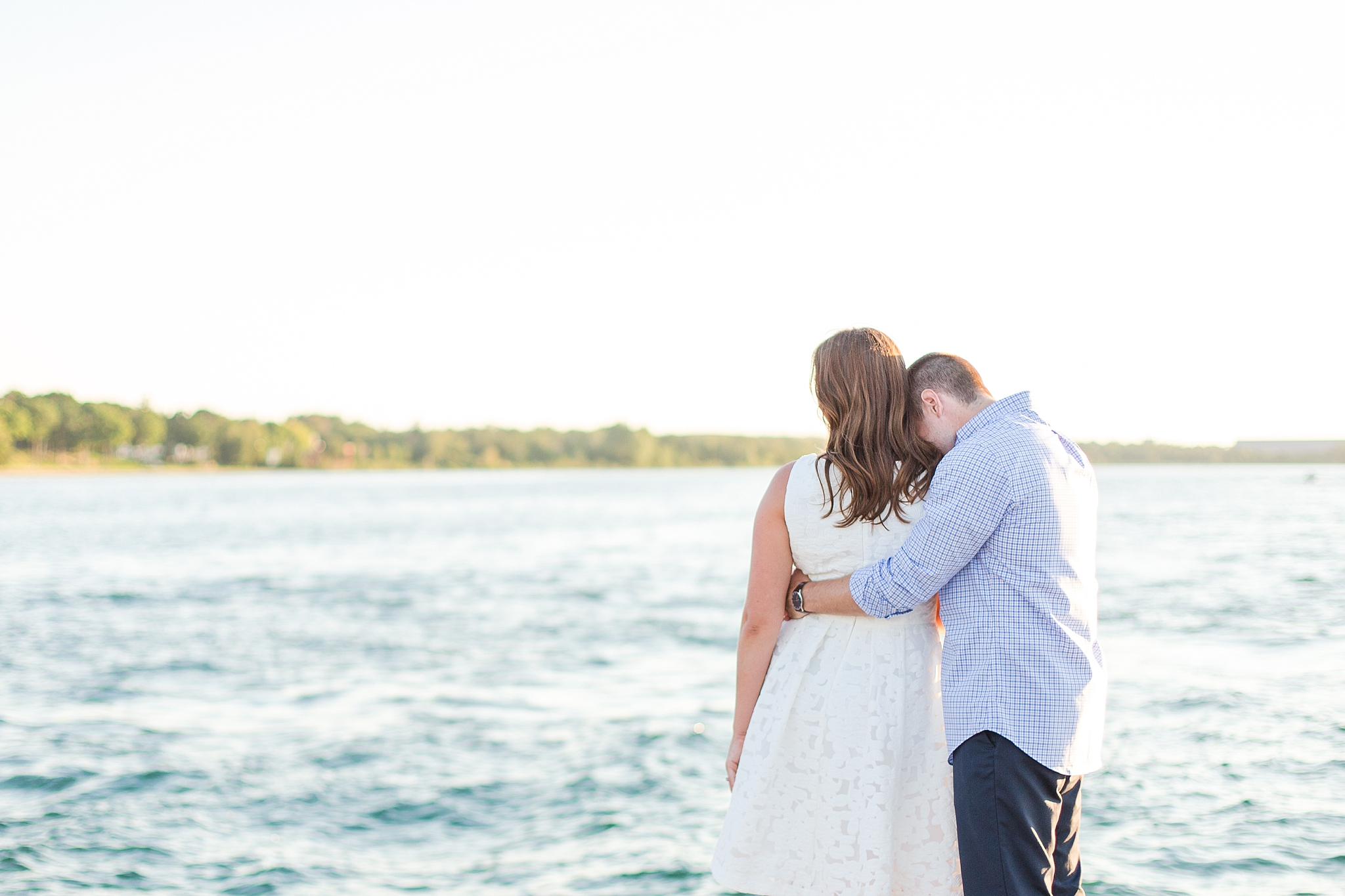 waterfront-lighthouse-engagement-photography-in-charlevoix-mi-by-courtney-carolyn-photography_0012.jpg